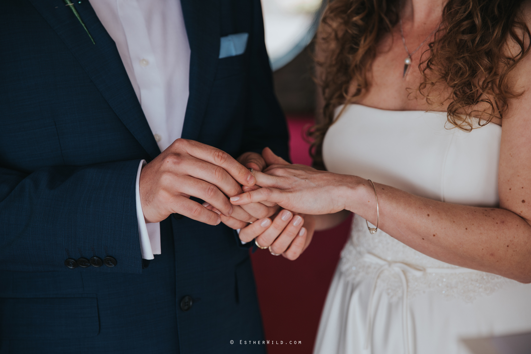 The_BoatHouse_Wedding_Venue_Ormesby_Norfolk_Broads_Boat_Wedding_Photography_Esther_Wild_Photographer_IMG_1127.jpg
