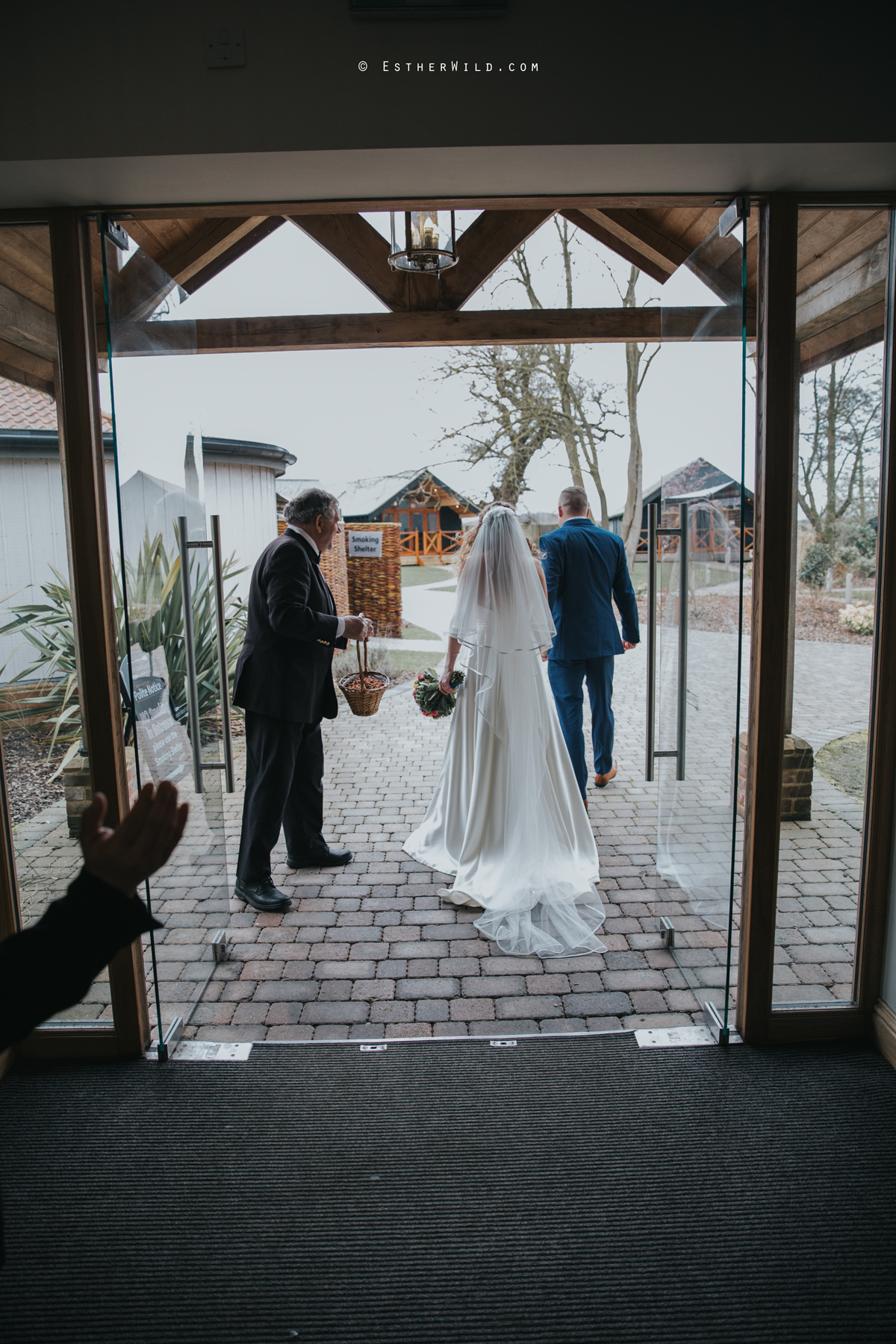 The_BoatHouse_Wedding_Venue_Ormesby_Norfolk_Broads_Boat_Wedding_Photography_Esther_Wild_Photographer_IMG_1383.jpg