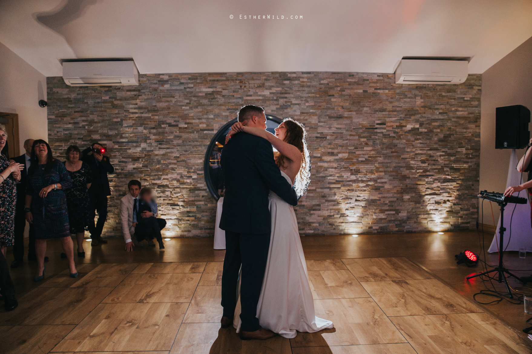 The_BoatHouse_Wedding_Venue_Ormesby_Norfolk_Broads_Boat_Wedding_Photography_Esther_Wild_Photographer_IMG_3554.jpg