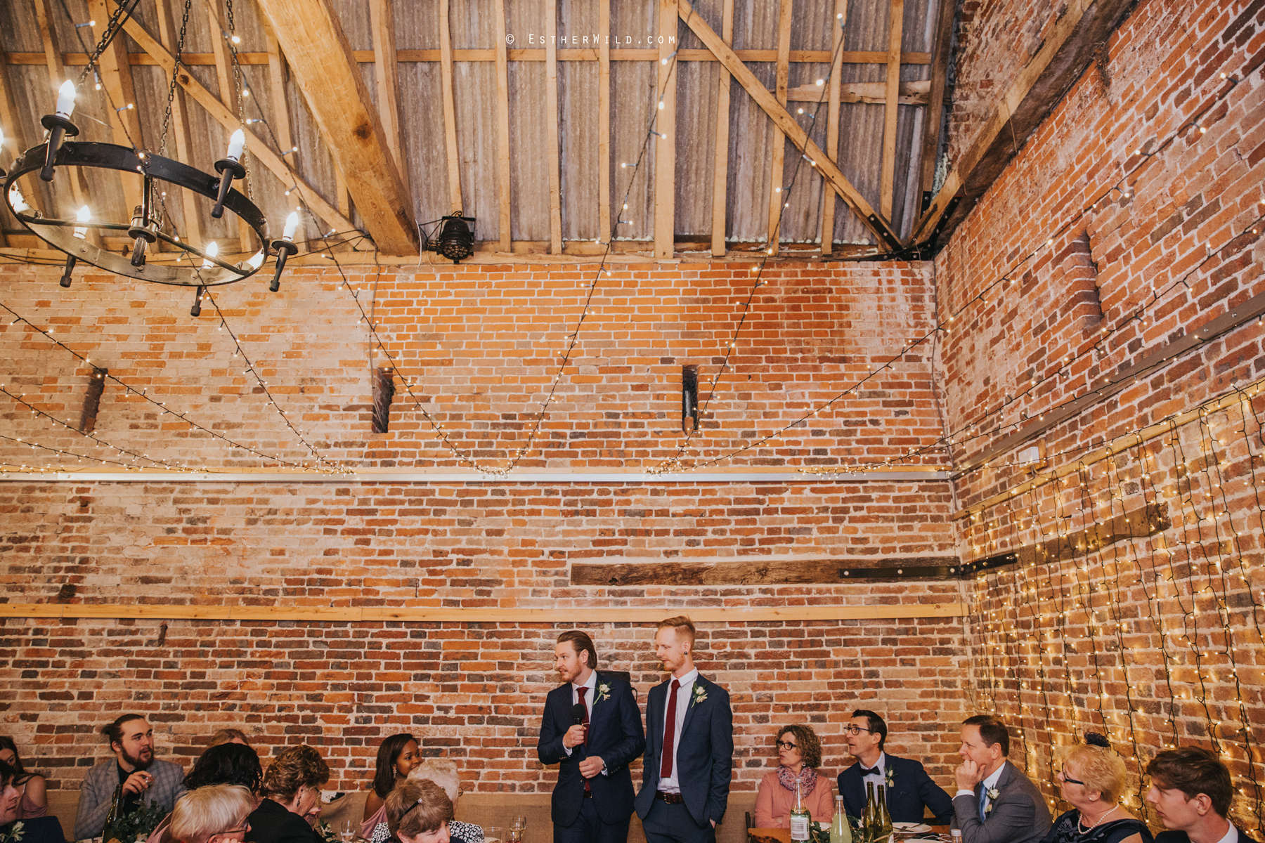 Glebe_Farm_Barn_Rustic_Norfolk_Wedding_Esther_Wild_Photographer_Copyright_IMG_2446.jpg