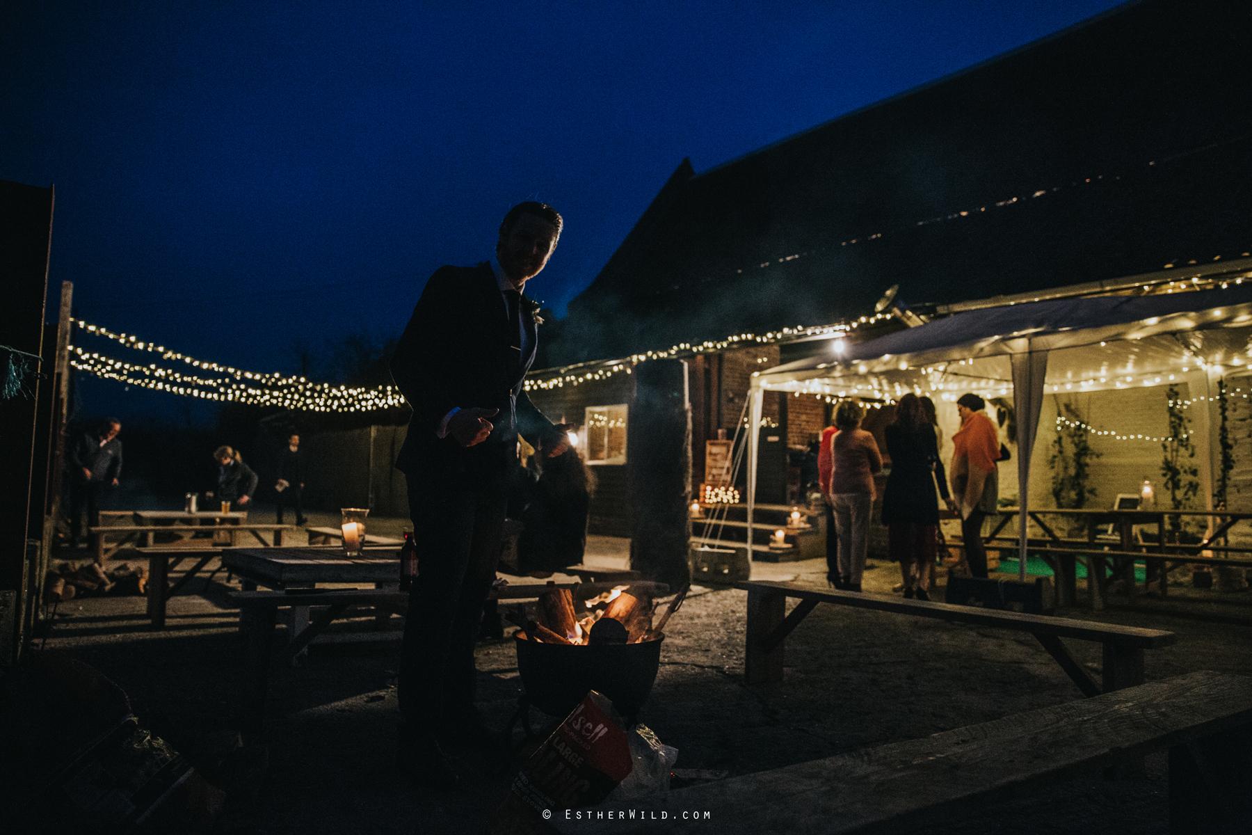 Glebe_Farm_Barn_Rustic_Norfolk_Wedding_Esther_Wild_Photographer_Copyright_IMG_2754.jpg