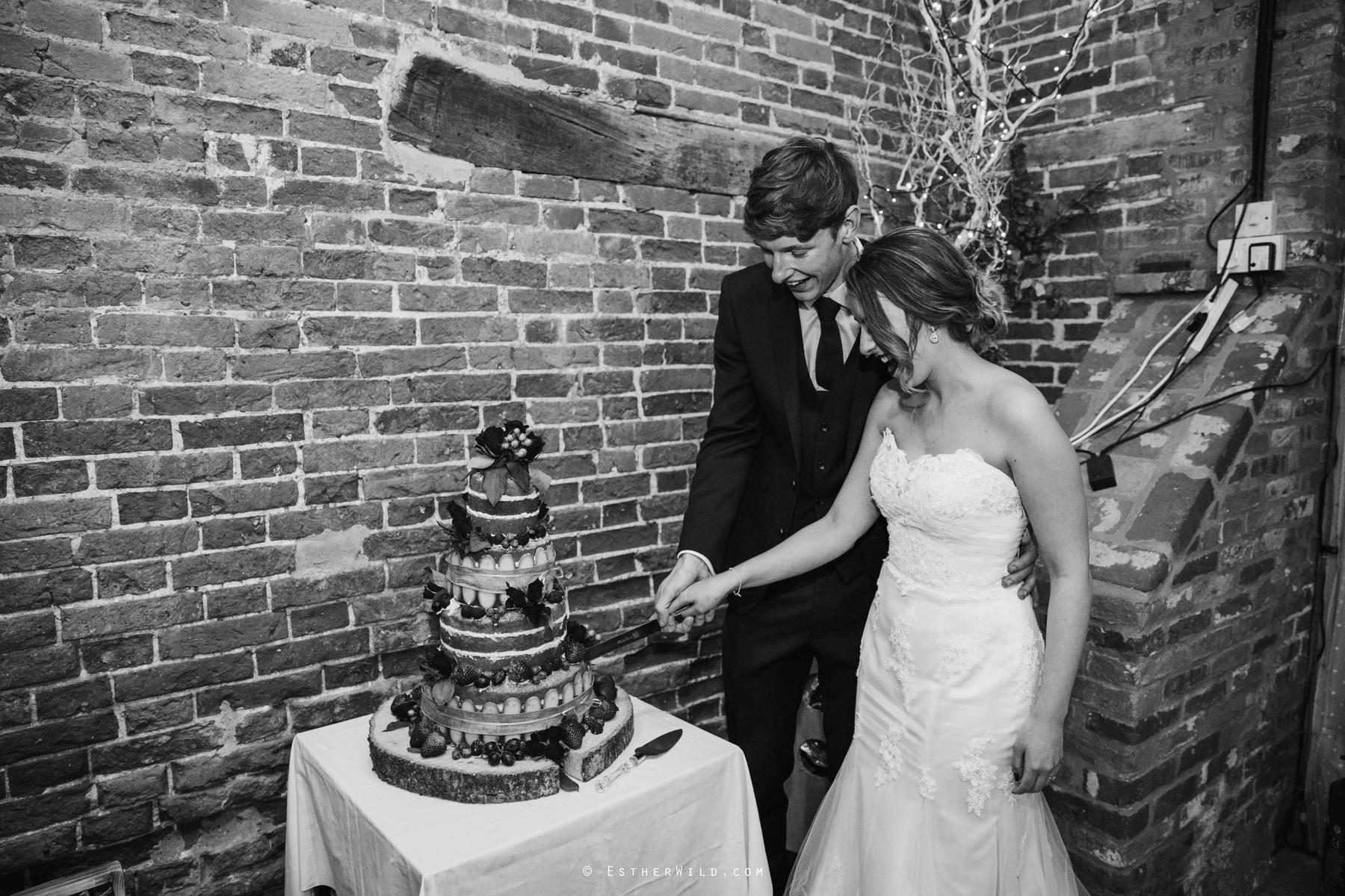 Glebe_Farm_Barn_Rustic_Norfolk_Wedding_Esther_Wild_Photographer_Copyright_IMG_2780-1.jpg