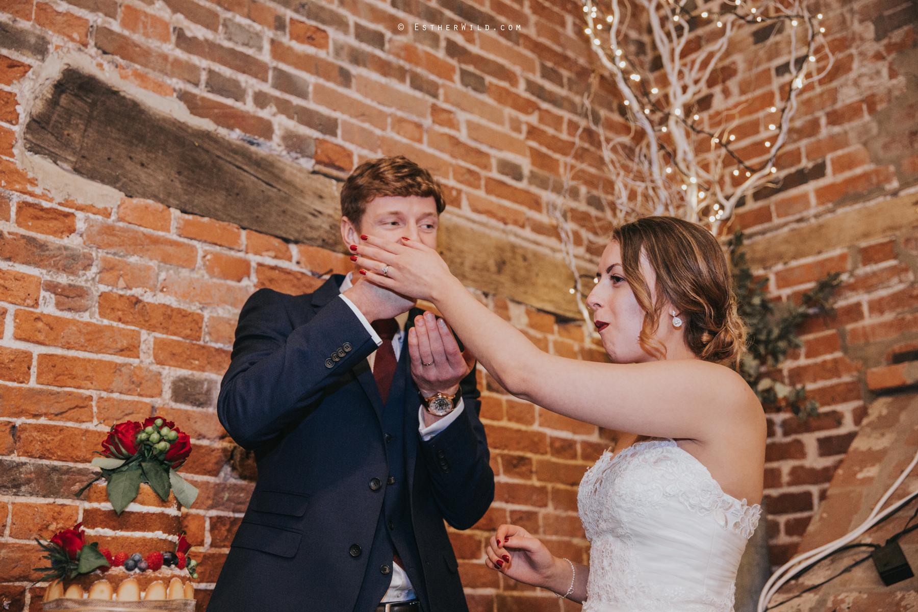 Glebe_Farm_Barn_Rustic_Norfolk_Wedding_Esther_Wild_Photographer_Copyright_IMG_2813.jpg