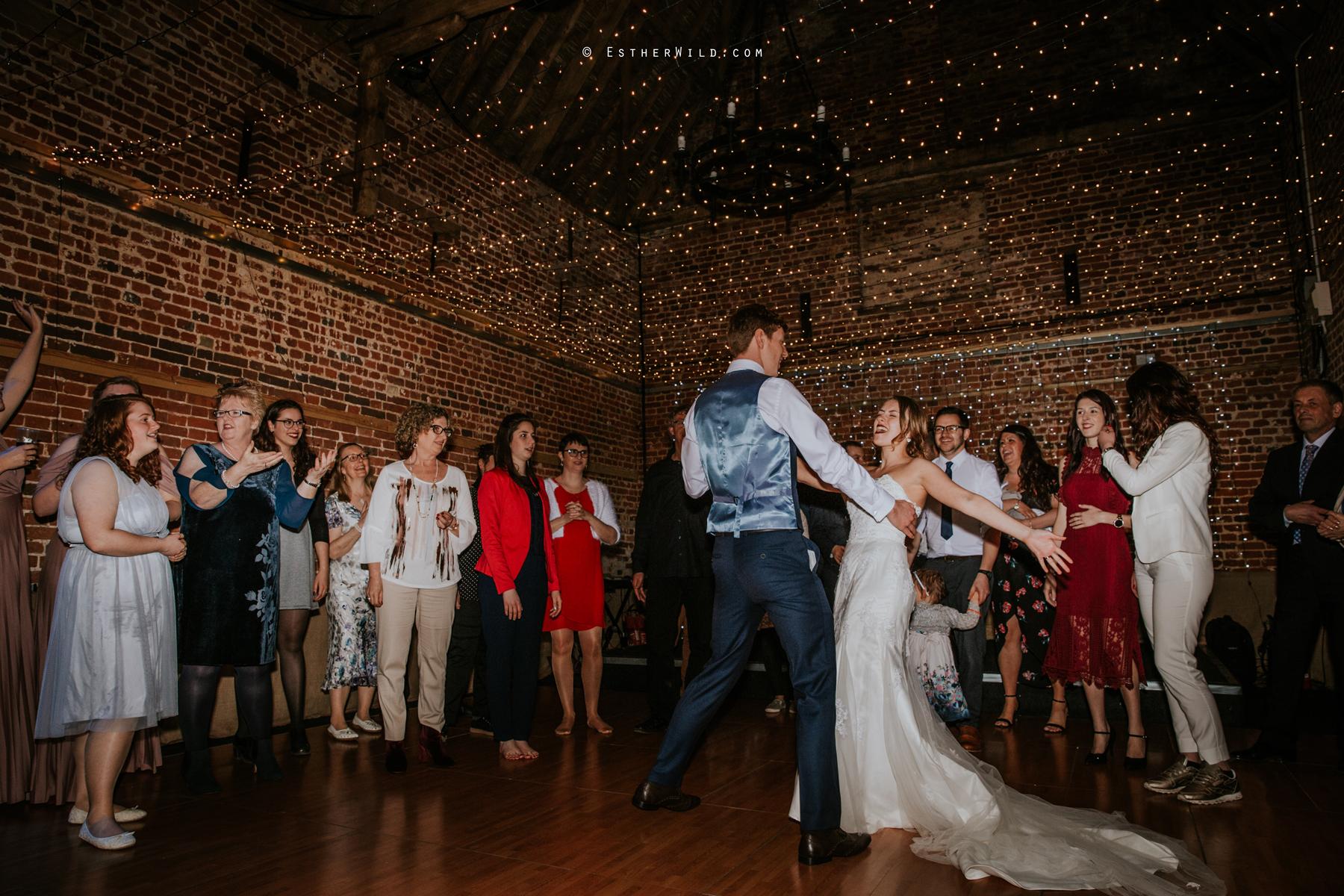 Glebe_Farm_Barn_Rustic_Norfolk_Wedding_Esther_Wild_Photographer_Copyright_IMG_3202.jpg