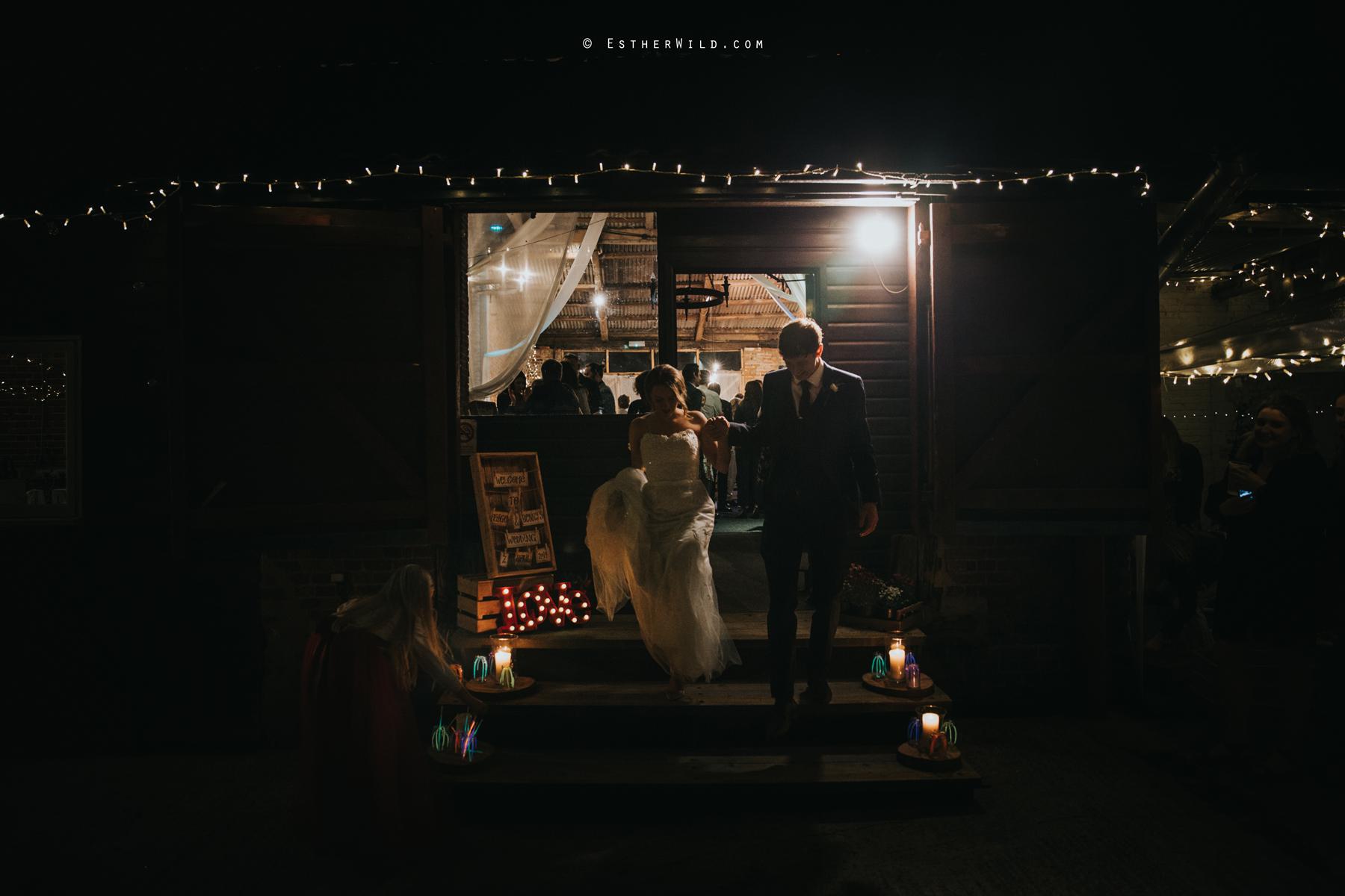 Glebe_Farm_Barn_Rustic_Norfolk_Wedding_Esther_Wild_Photographer_Copyright_IMG_3260.jpg