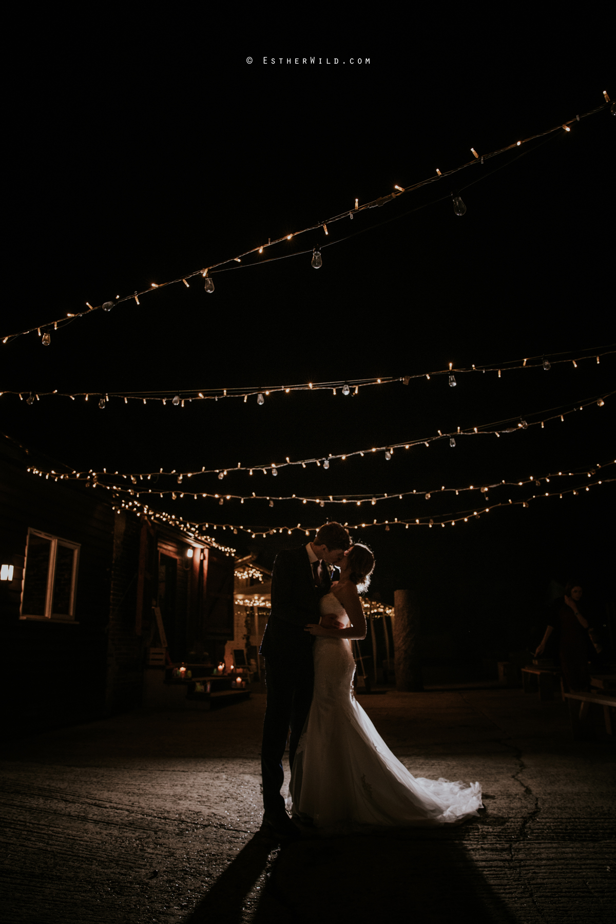 Glebe_Farm_Barn_Rustic_Norfolk_Wedding_Esther_Wild_Photographer_Copyright_IMG_3267.jpg