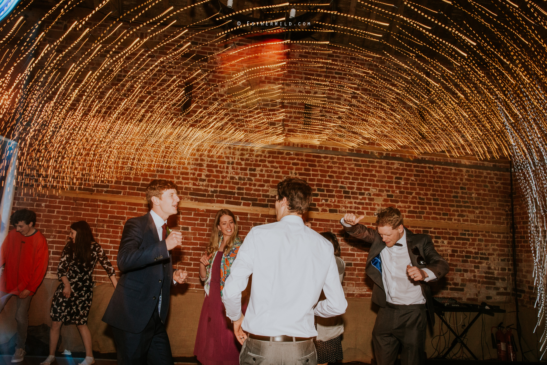 Glebe_Farm_Barn_Rustic_Norfolk_Wedding_Esther_Wild_Photographer_Copyright_IMG_3385.jpg