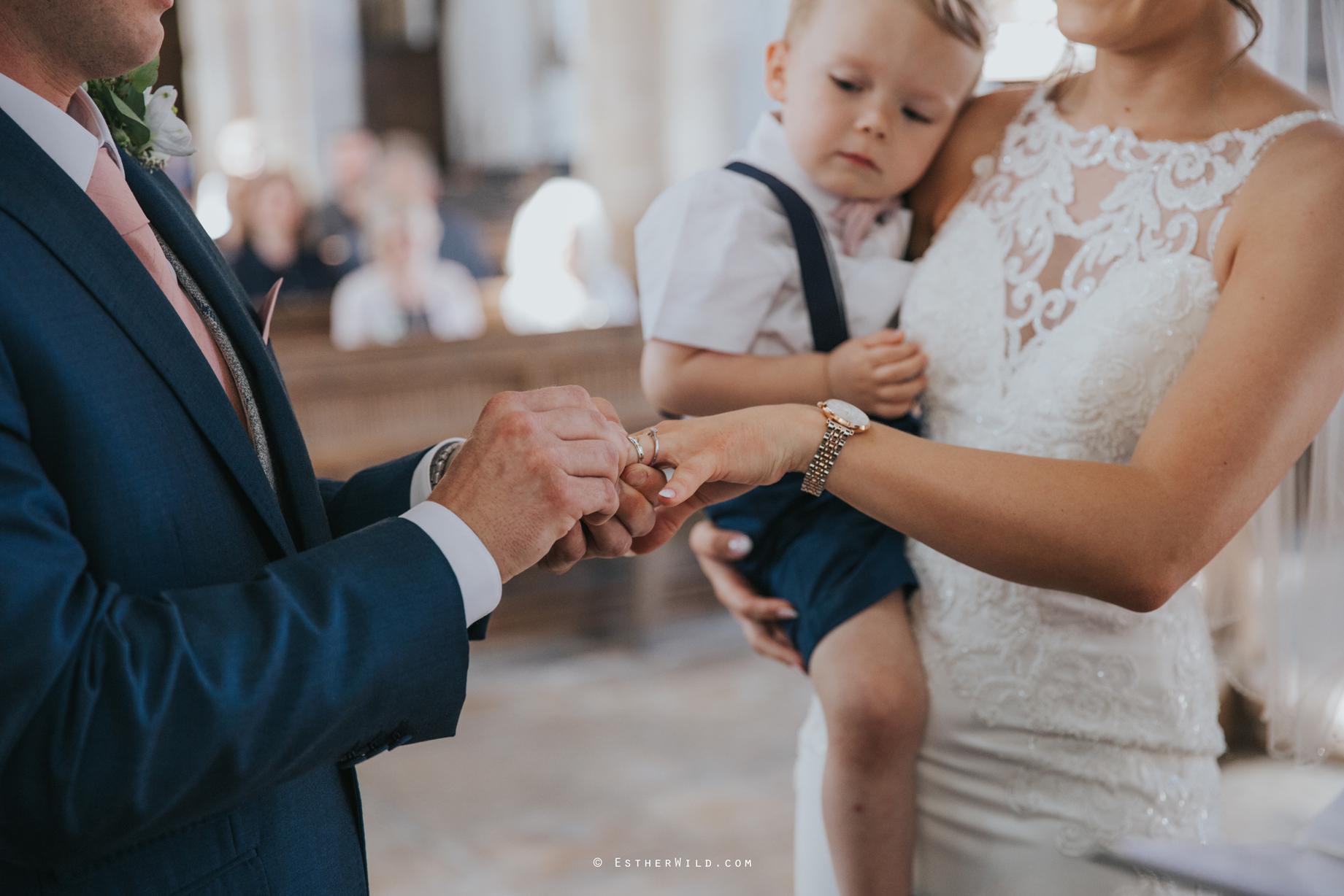 IMG_0543Walpole_St_Andrew_Church_Norfolk_Wedding_Copyright_Esther_Wild_Photographer_.jpg