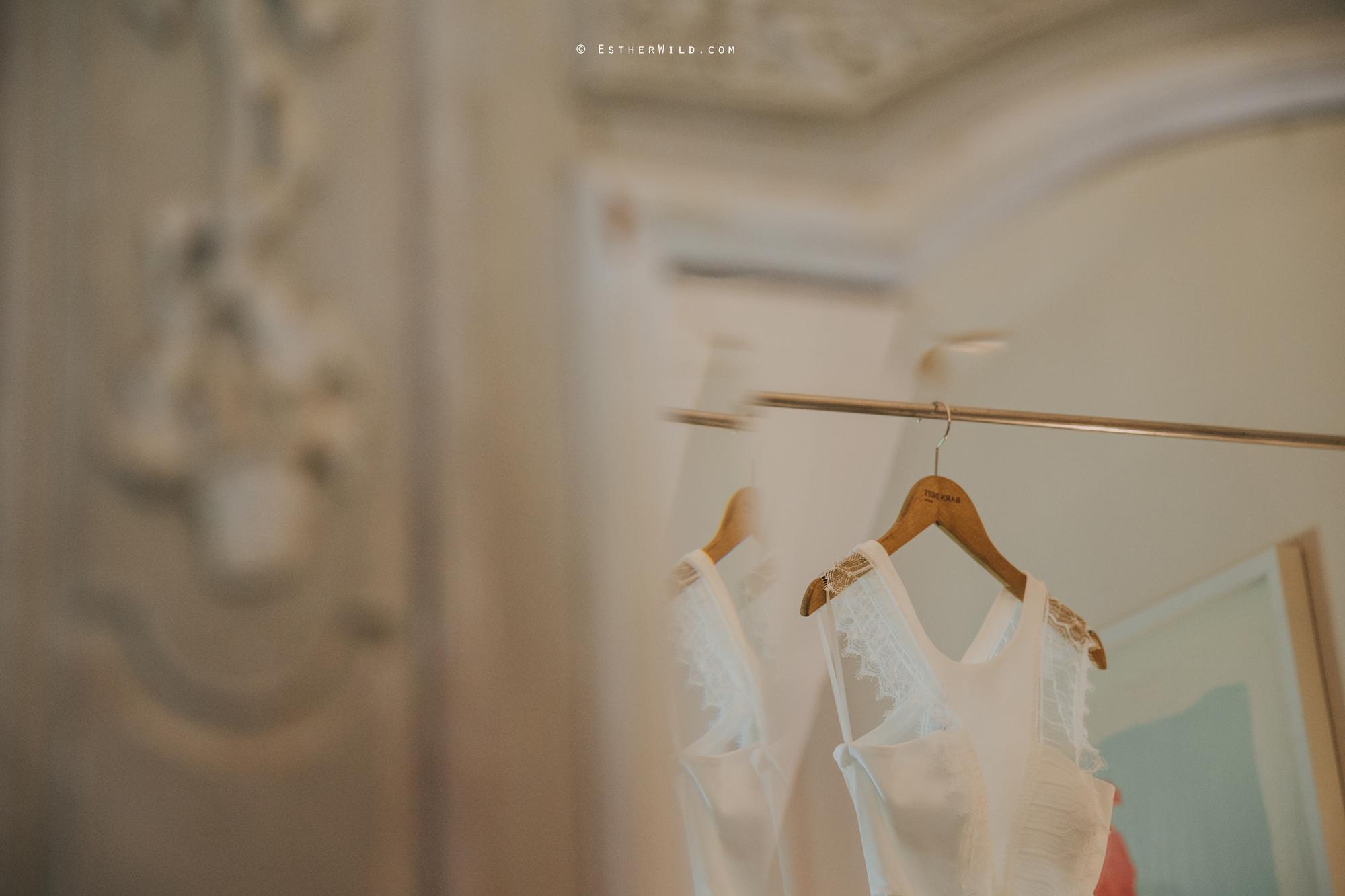 IMG_0097Cley_Barn_Drift_Norfolk_Coast_Wedding_Copyright_Esther_Wild_Photographer_.jpg