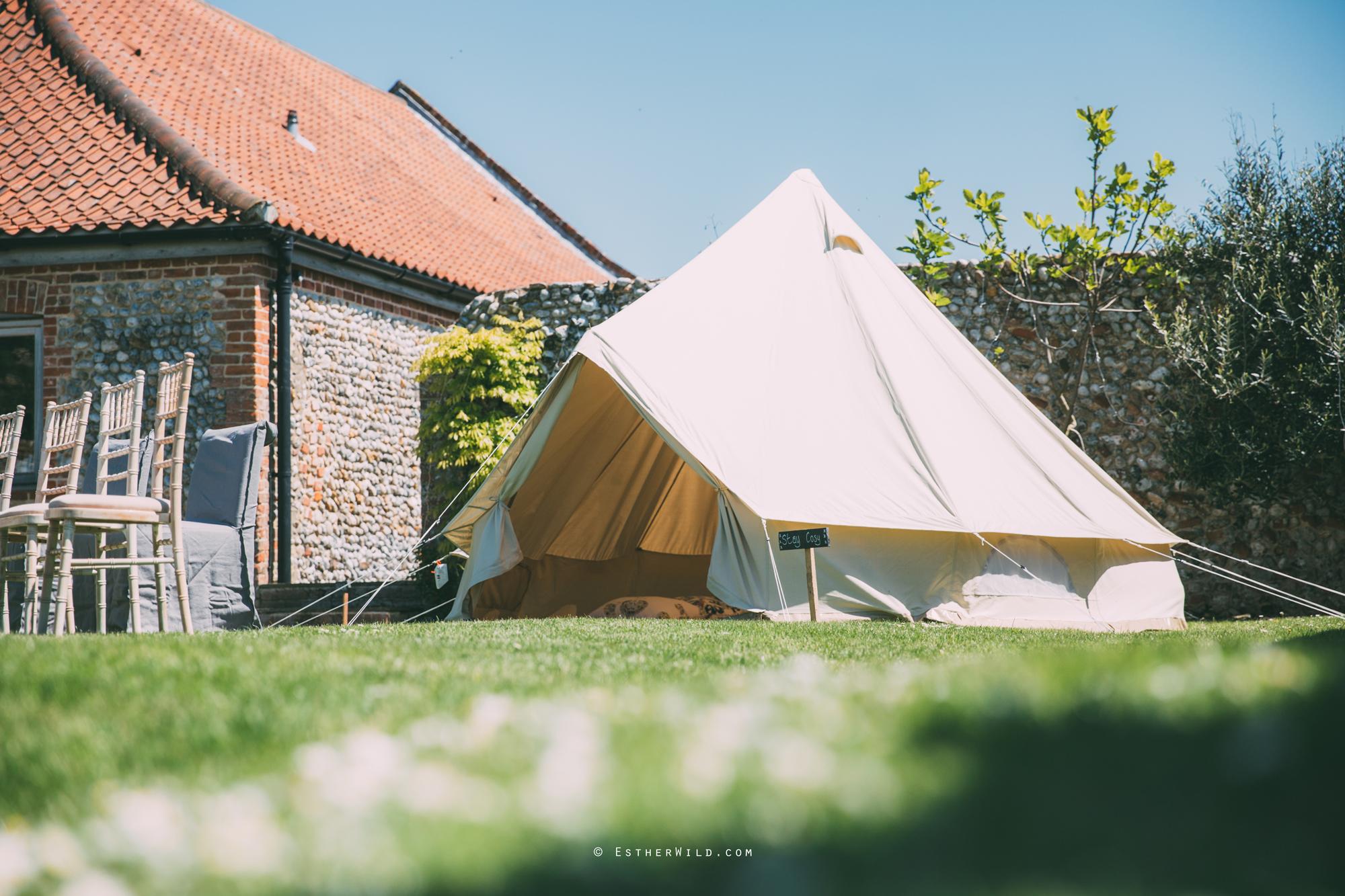 IMG_0281Cley_Barn_Drift_Norfolk_Coast_Wedding_Copyright_Esther_Wild_Photographer_.jpg