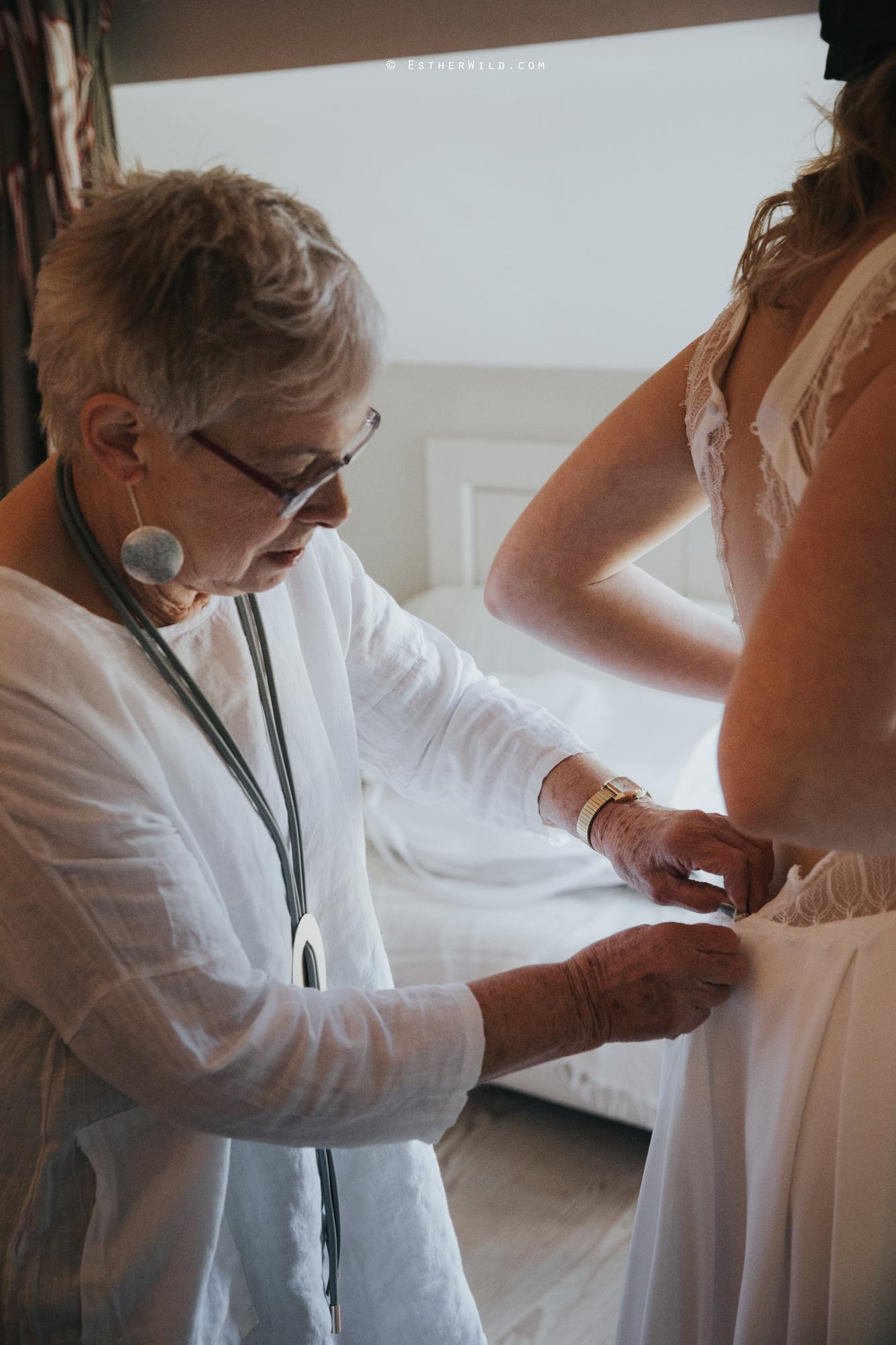 IMG_0385Cley_Barn_Drift_Norfolk_Coast_Wedding_Copyright_Esther_Wild_Photographer_.jpg