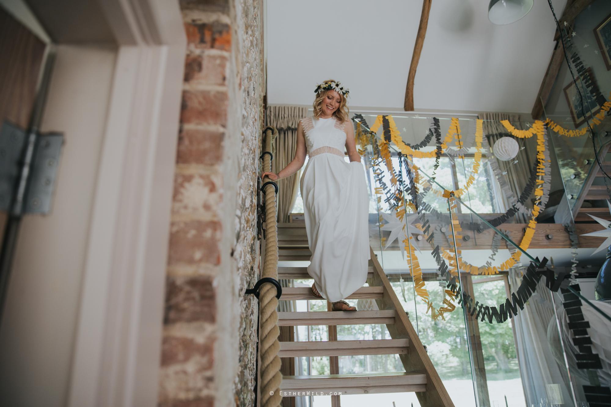 IMG_0459Cley_Barn_Drift_Norfolk_Coast_Wedding_Copyright_Esther_Wild_Photographer_.jpg