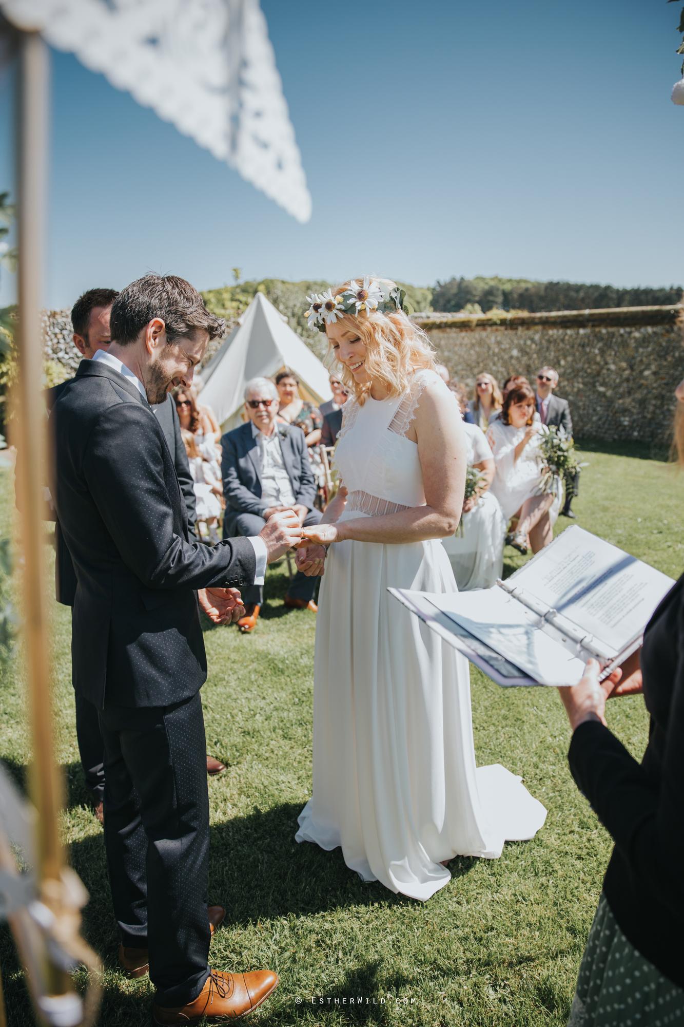 IMG_0544Cley_Barn_Drift_Norfolk_Coast_Wedding_Copyright_Esther_Wild_Photographer_.jpg