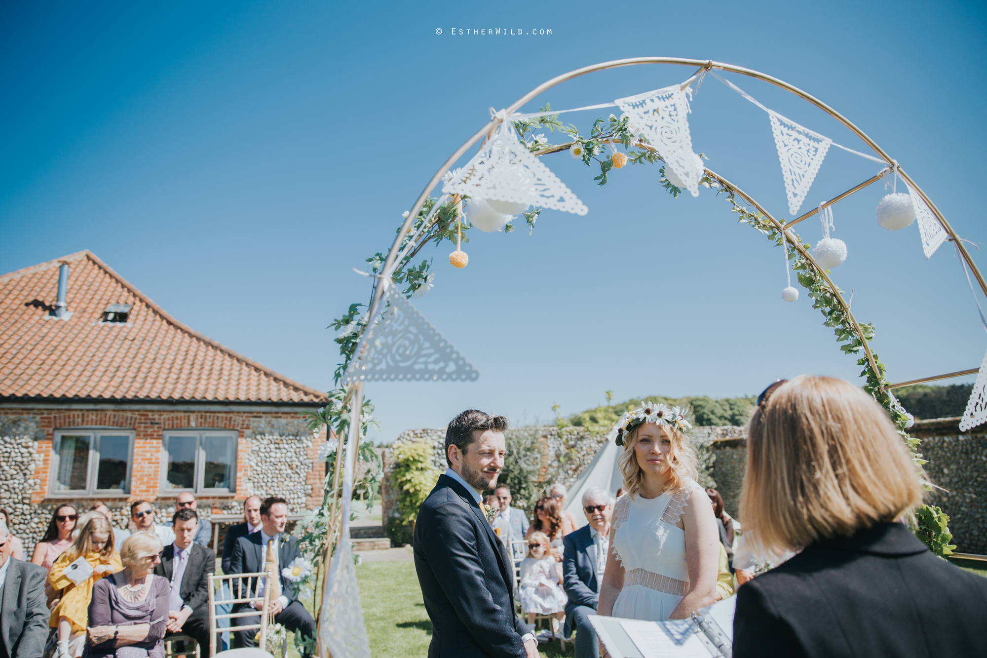 IMG_0539Cley_Barn_Drift_Norfolk_Coast_Wedding_Copyright_Esther_Wild_Photographer_.jpg