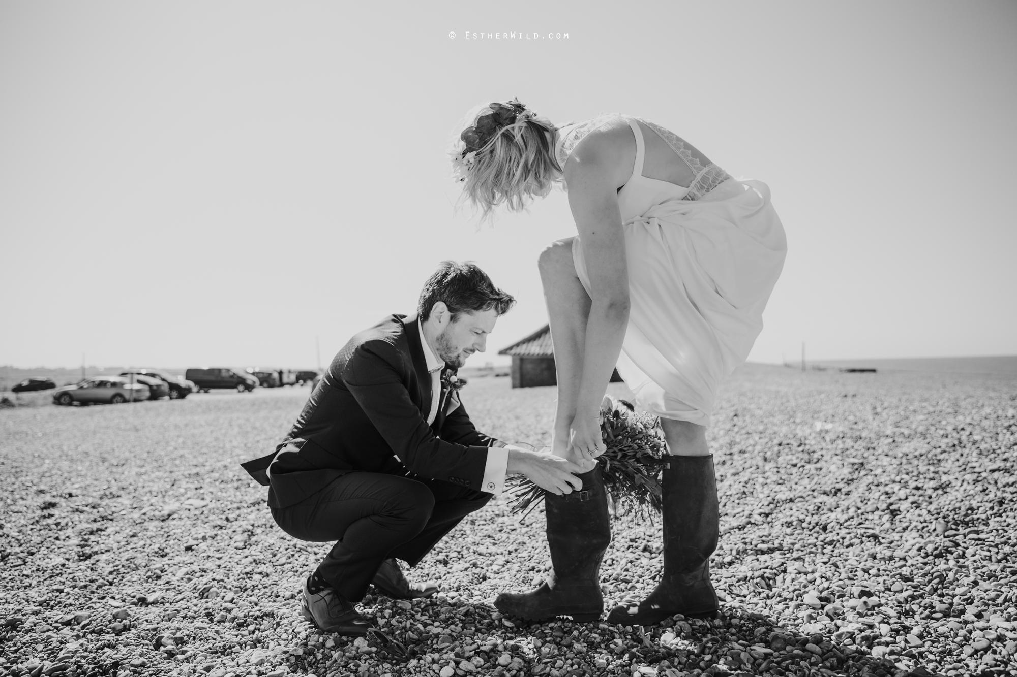 IMG_1338-2Cley_Barn_Drift_Norfolk_Coast_Wedding_Copyright_Esther_Wild_Photographer_.jpg