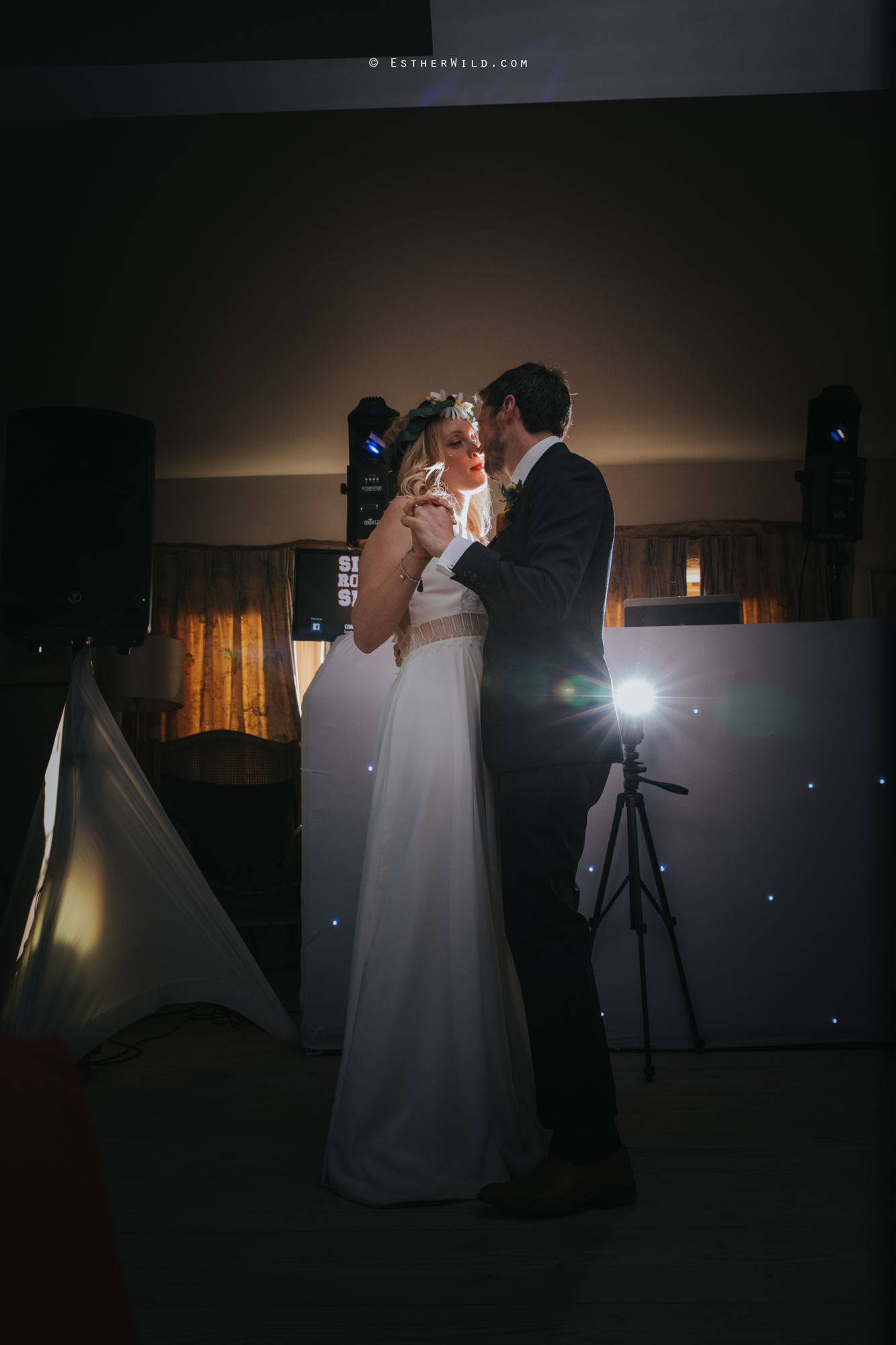 IMG_2223Cley_Barn_Drift_Norfolk_Coast_Wedding_Copyright_Esther_Wild_Photographer_.jpg
