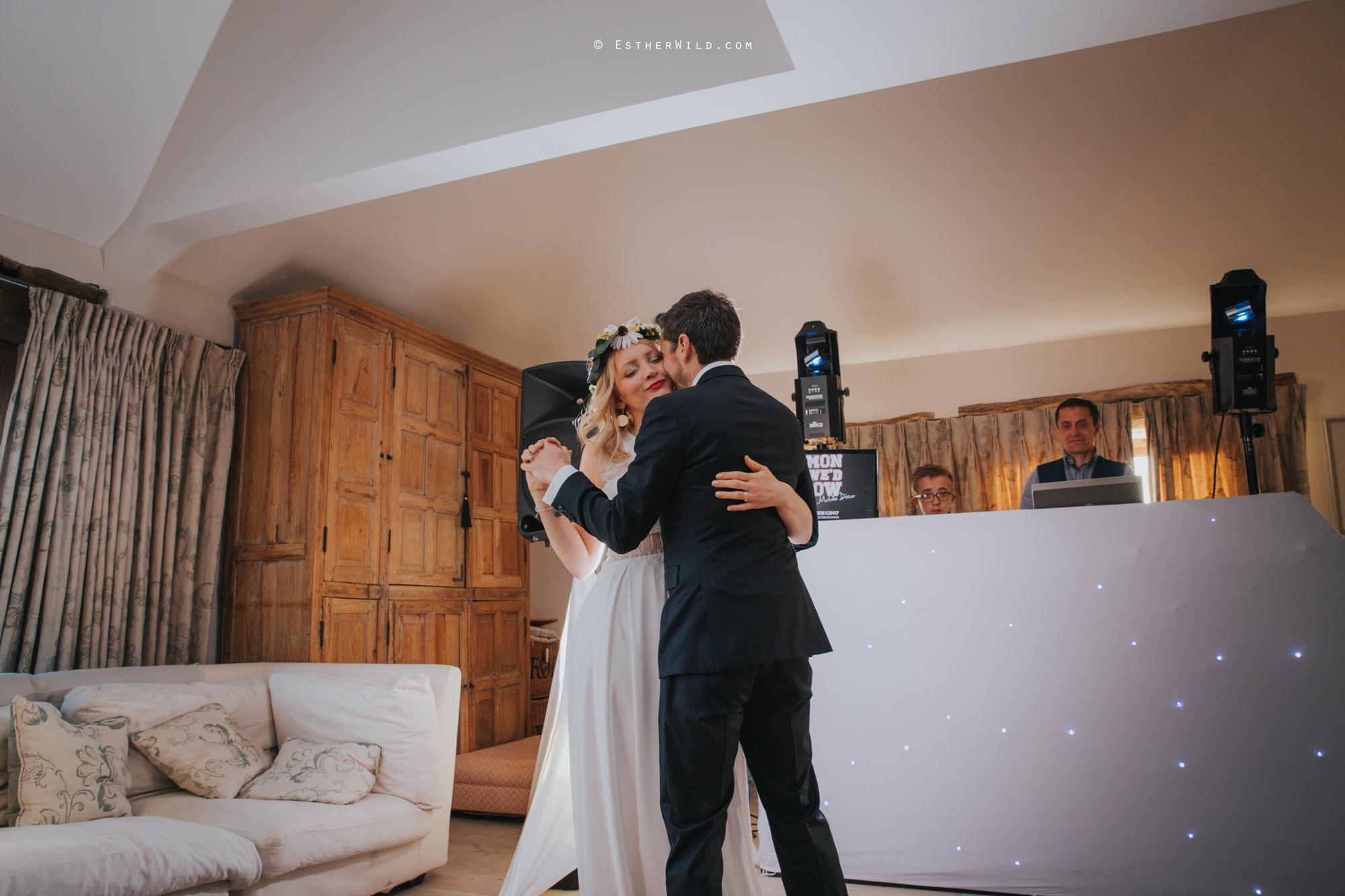 IMG_2271Cley_Barn_Drift_Norfolk_Coast_Wedding_Copyright_Esther_Wild_Photographer_.jpg