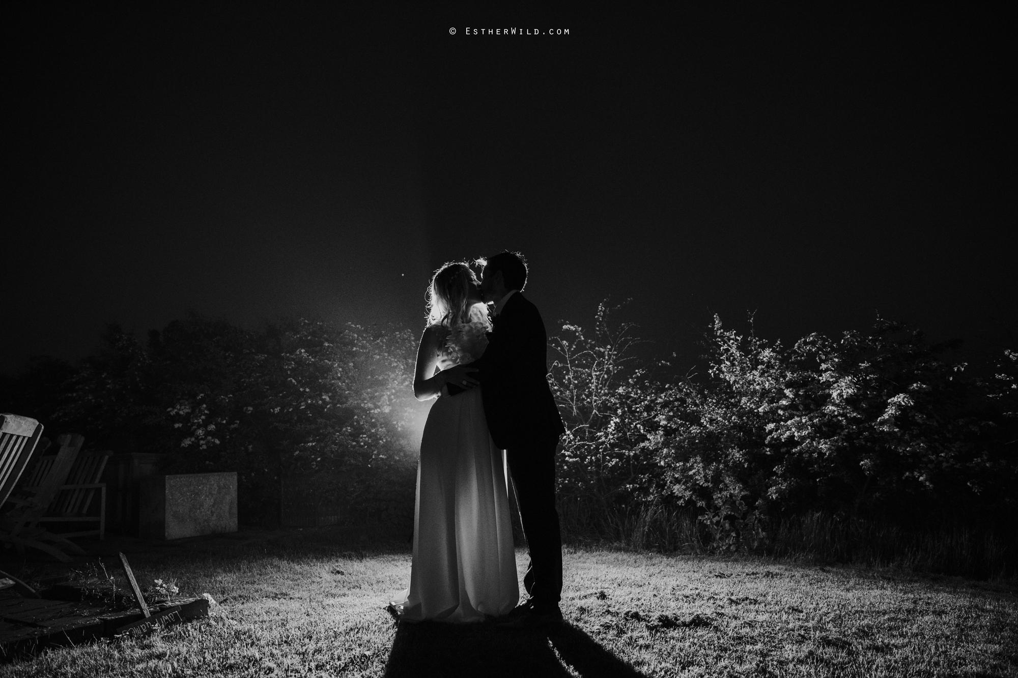 IMG_3299-2Cley_Barn_Drift_Norfolk_Coast_Wedding_Copyright_Esther_Wild_Photographer_.jpg