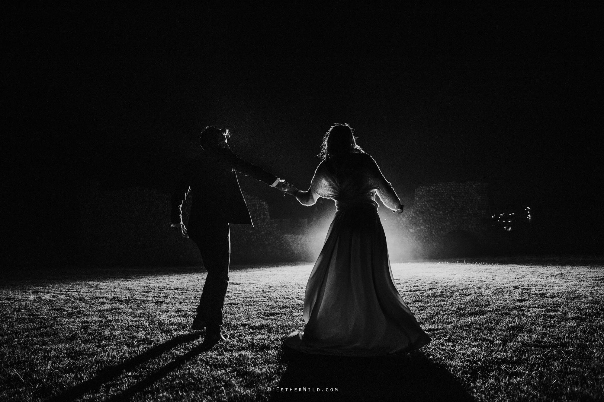 IMG_3681-2Cley_Barn_Drift_Norfolk_Coast_Wedding_Copyright_Esther_Wild_Photographer_.jpg