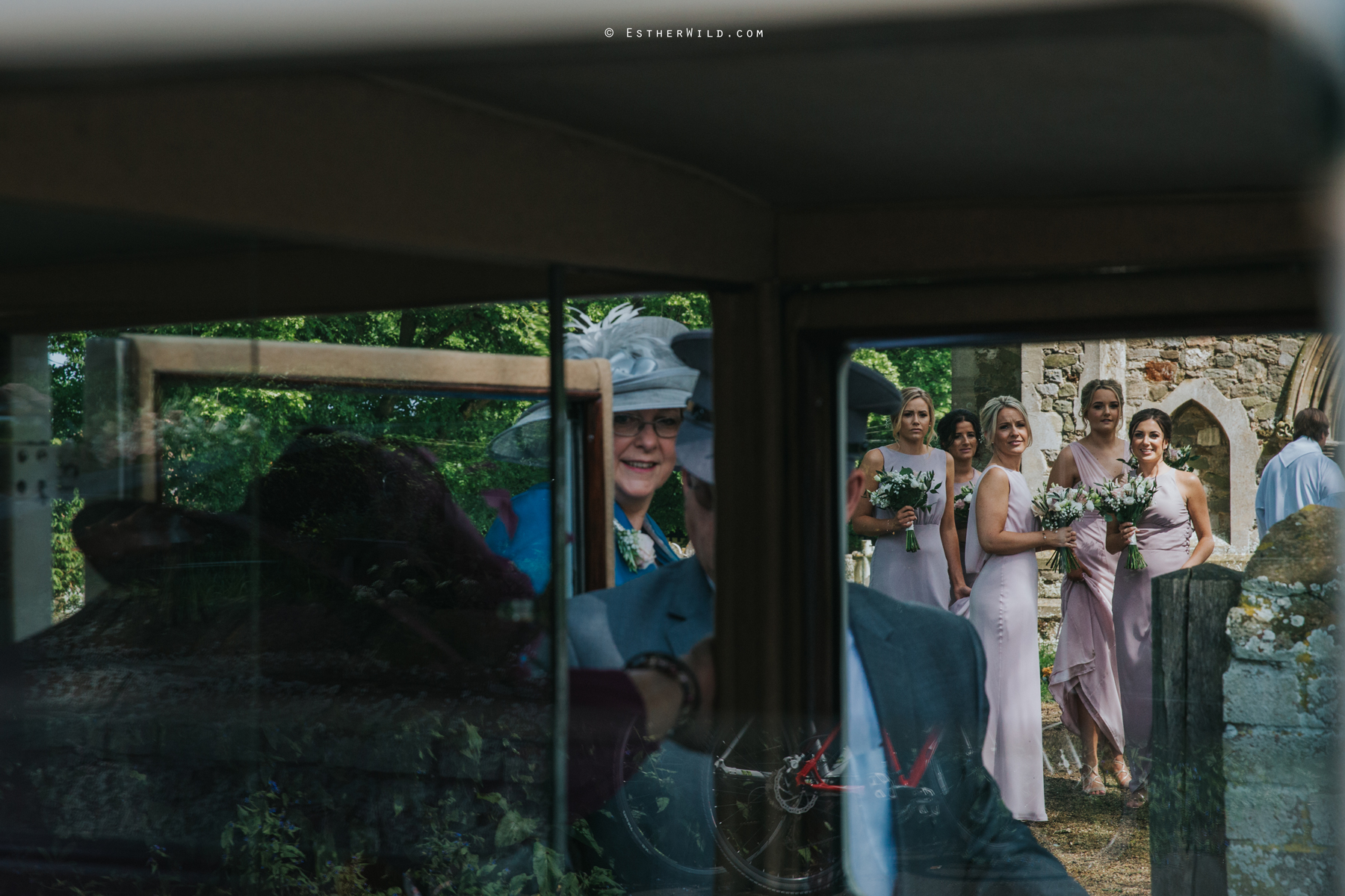 Wootton_Wedding_Copyright_Esther_Wild_Photographer_IMG_0748.jpg