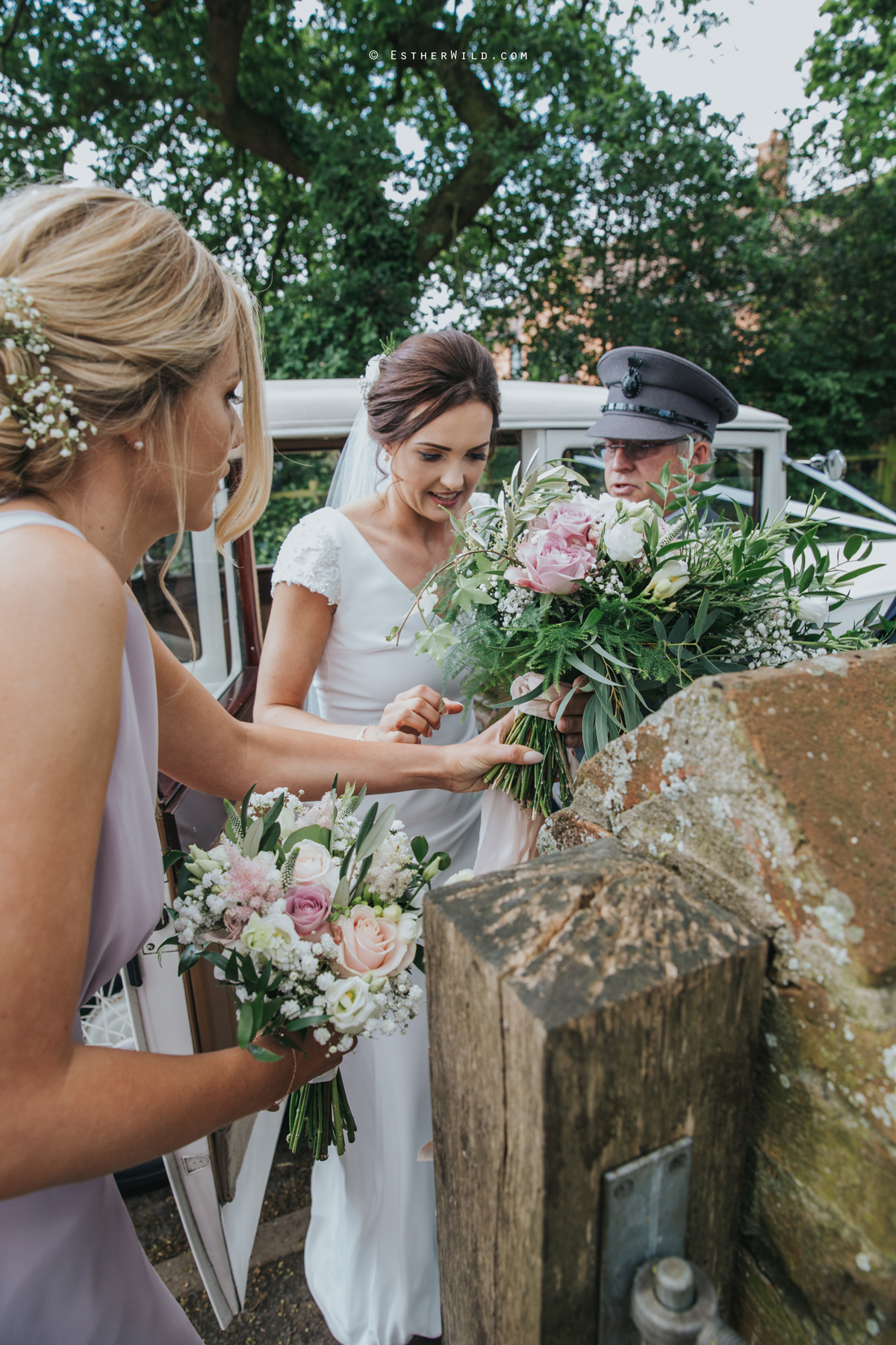 Wootton_Wedding_Copyright_Esther_Wild_Photographer_IMG_0803.jpg