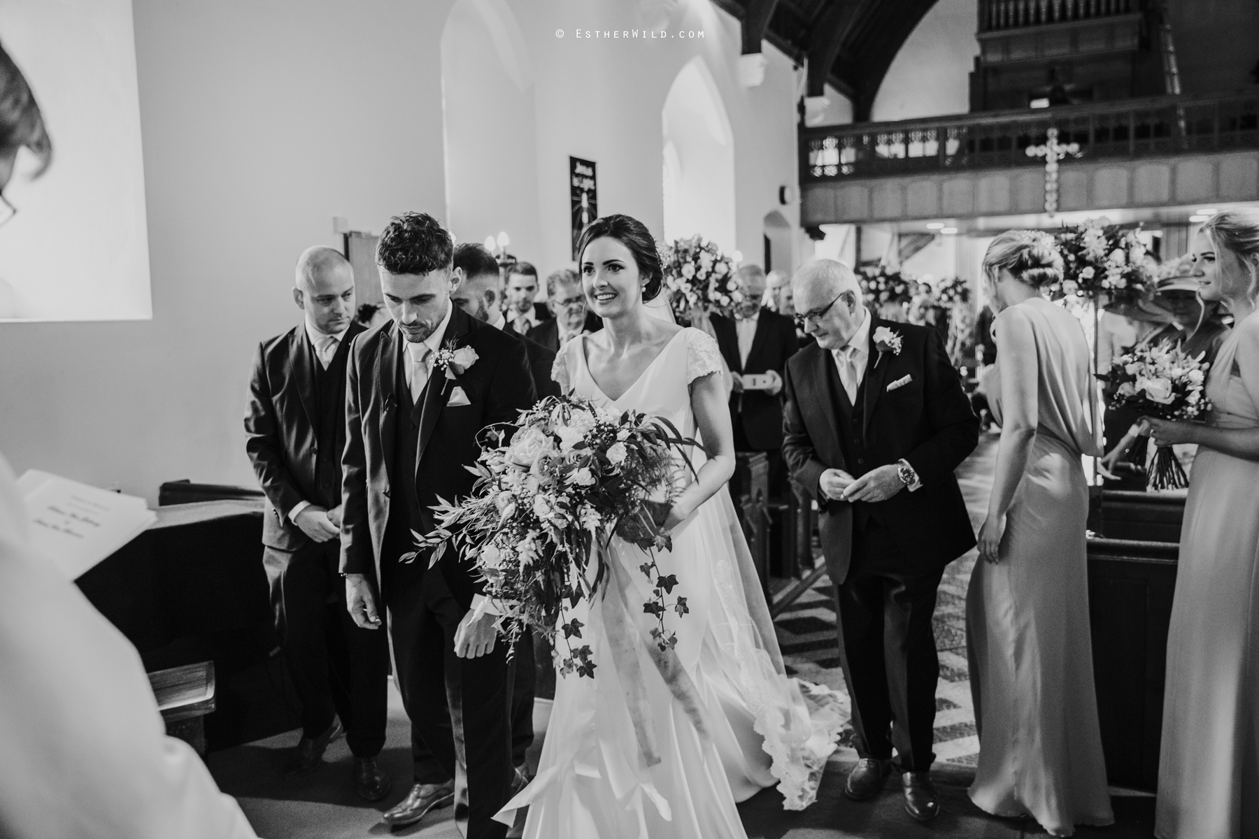 Wootton_Wedding_Copyright_Esther_Wild_Photographer_IMG_0861-2.jpg