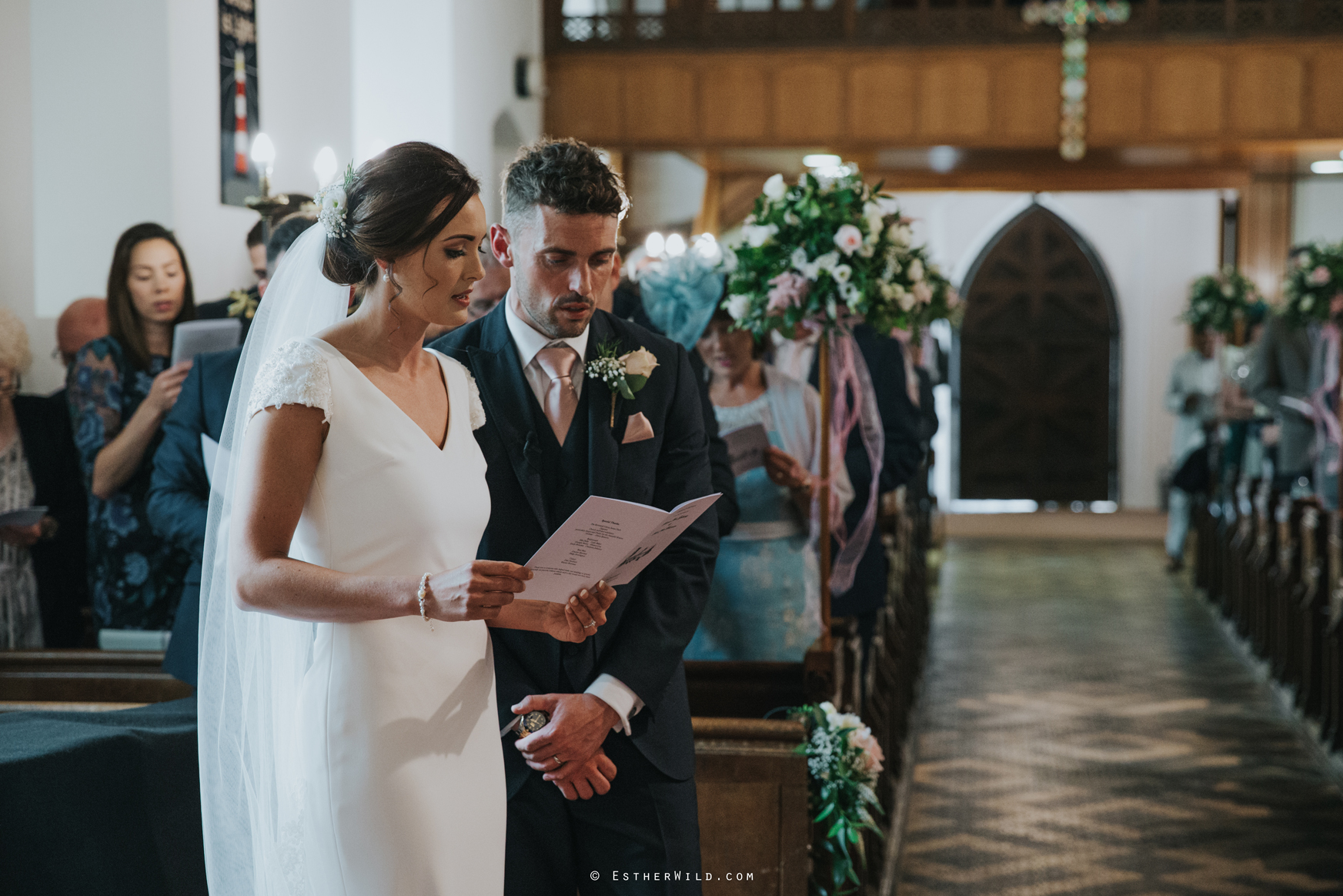 Wootton_Wedding_Copyright_Esther_Wild_Photographer_IMG_1009.jpg