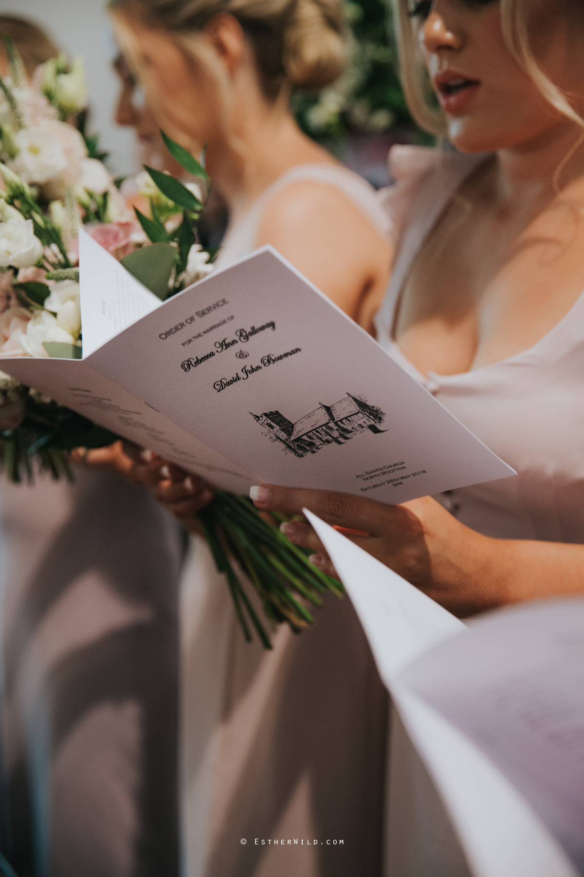 Wootton_Wedding_Copyright_Esther_Wild_Photographer_IMG_1112.jpg