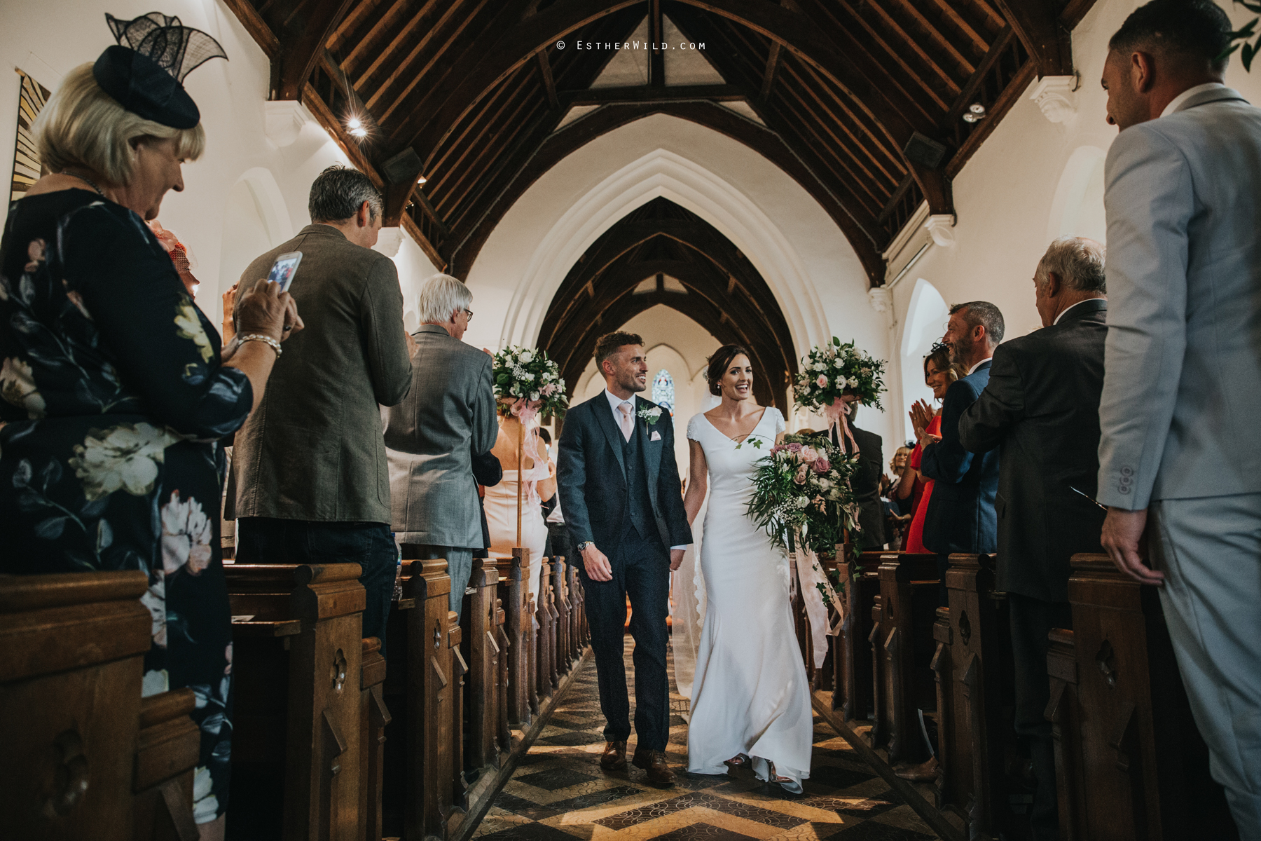 Wootton_Wedding_Copyright_Esther_Wild_Photographer_IMG_1192.jpg