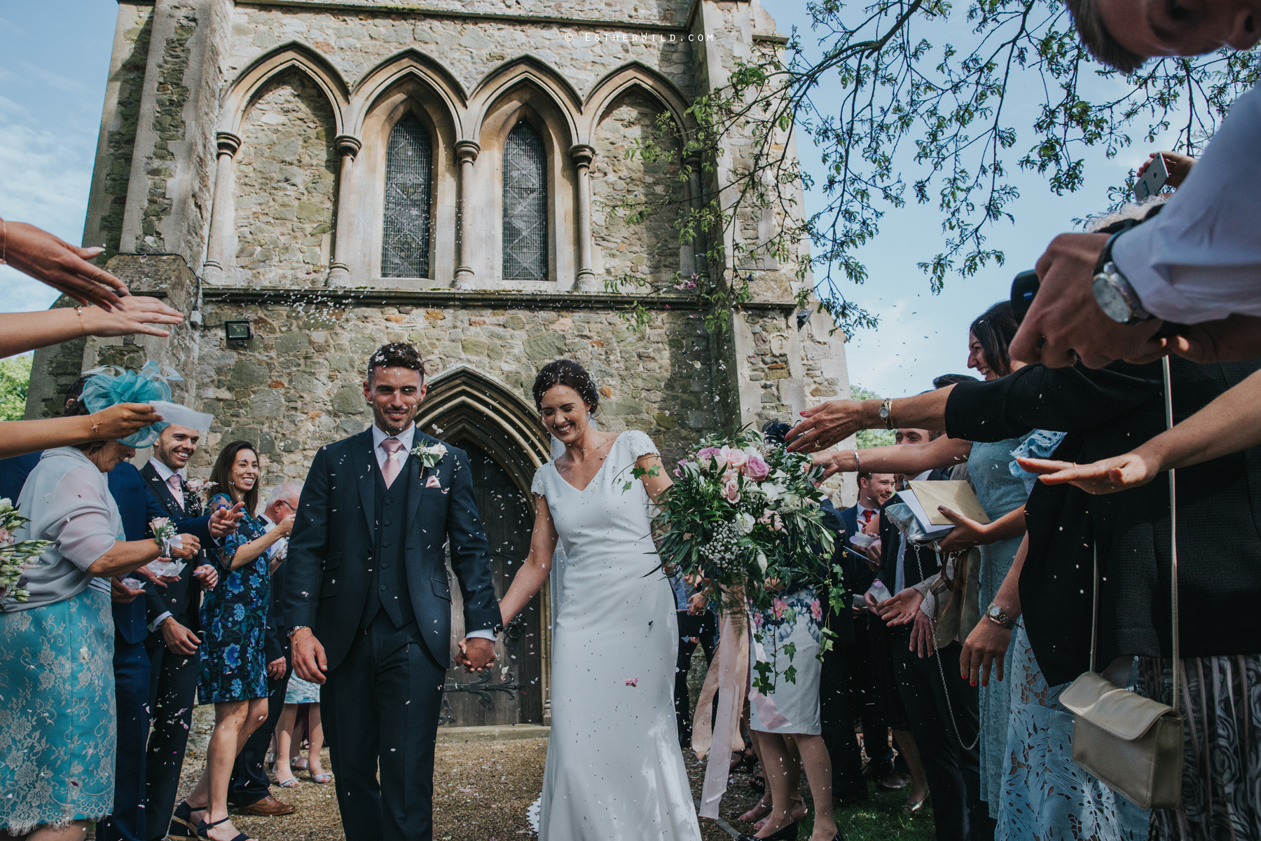 Wootton_Wedding_Copyright_Esther_Wild_Photographer_IMG_1220.jpg