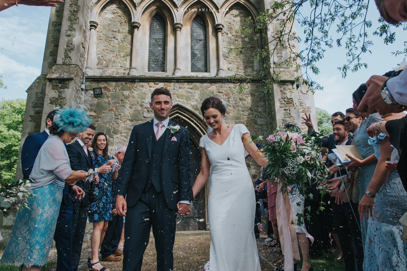 Wootton_Wedding_Copyright_Esther_Wild_Photographer_IMG_1221.jpg