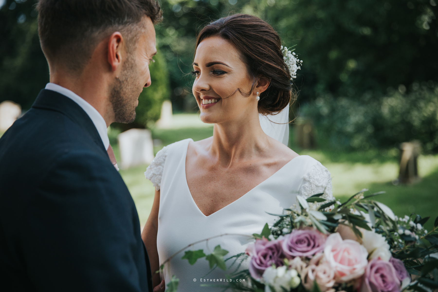 Wootton_Wedding_Copyright_Esther_Wild_Photographer_IMG_1449.jpg