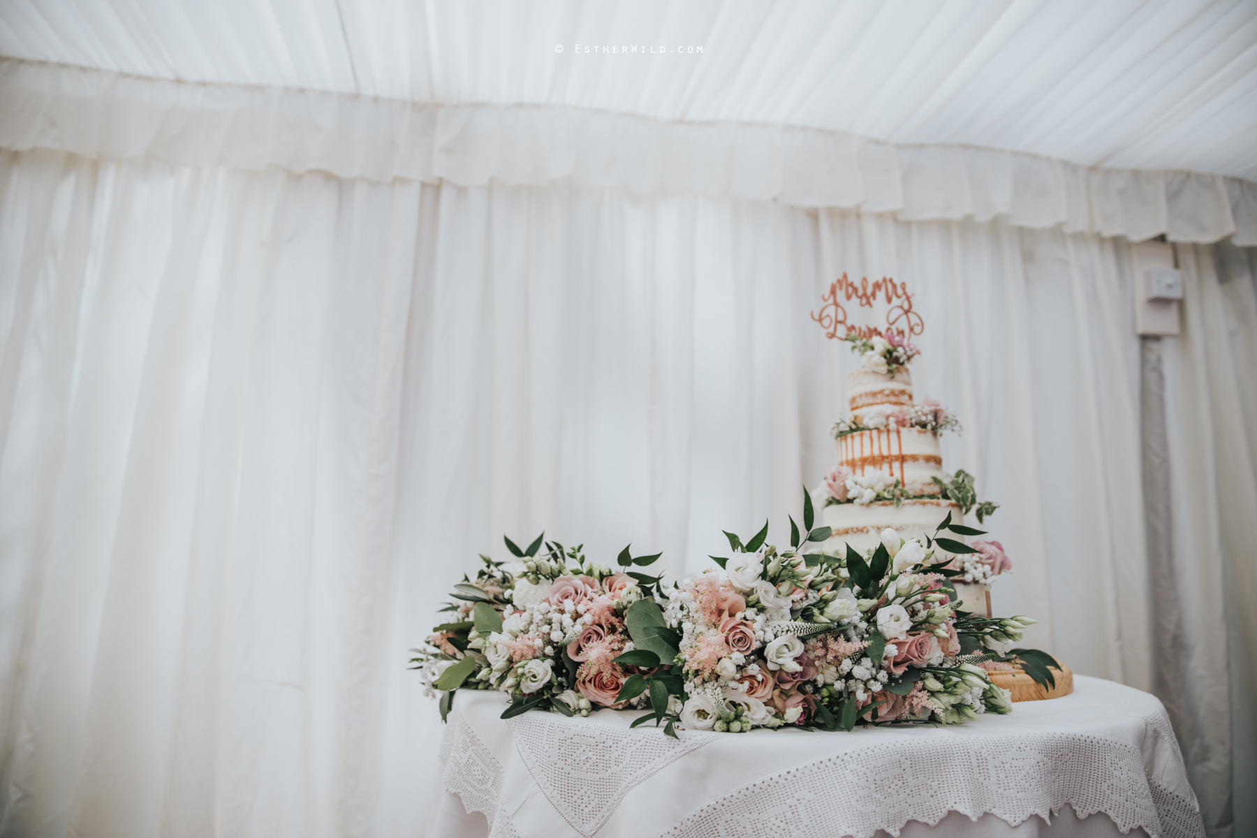 Wootton_Wedding_Copyright_Esther_Wild_Photographer_IMG_1732.jpg