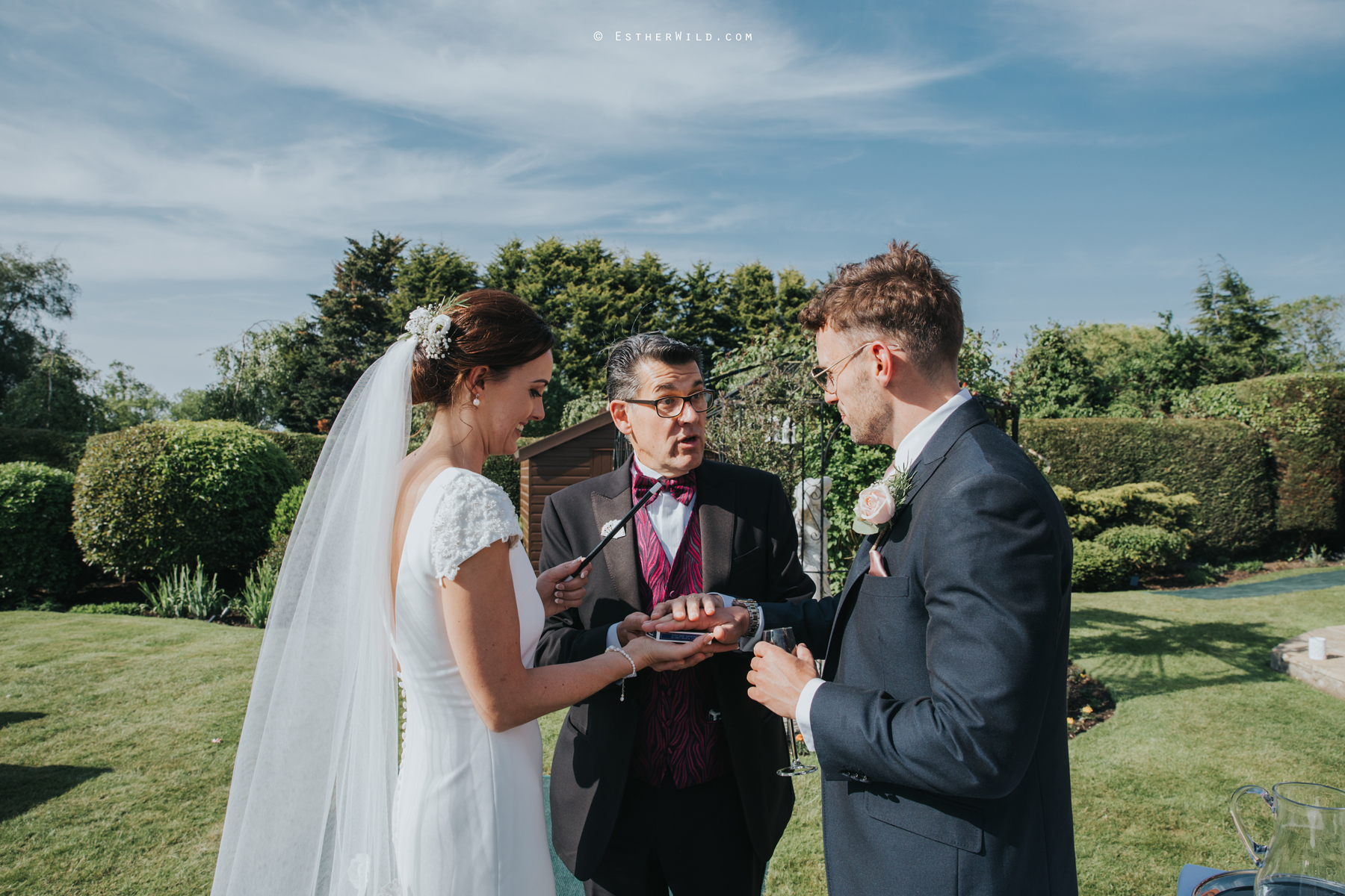 Wootton_Wedding_Copyright_Esther_Wild_Photographer_IMG_2034.jpg
