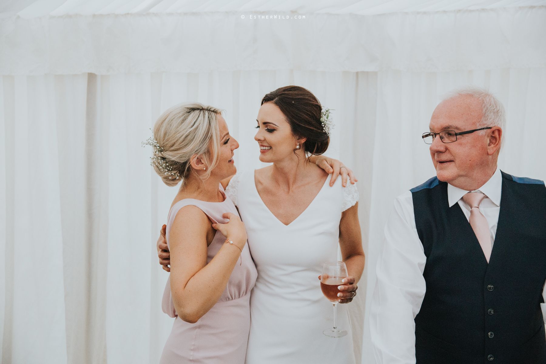 Wootton_Wedding_Copyright_Esther_Wild_Photographer_IMG_3053.jpg