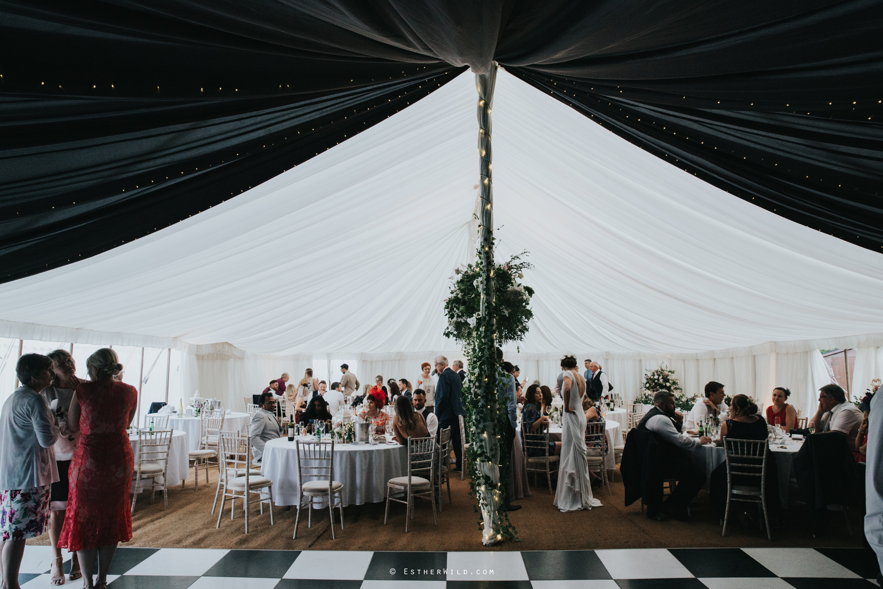 Wootton_Wedding_Copyright_Esther_Wild_Photographer_IMG_3062.jpg