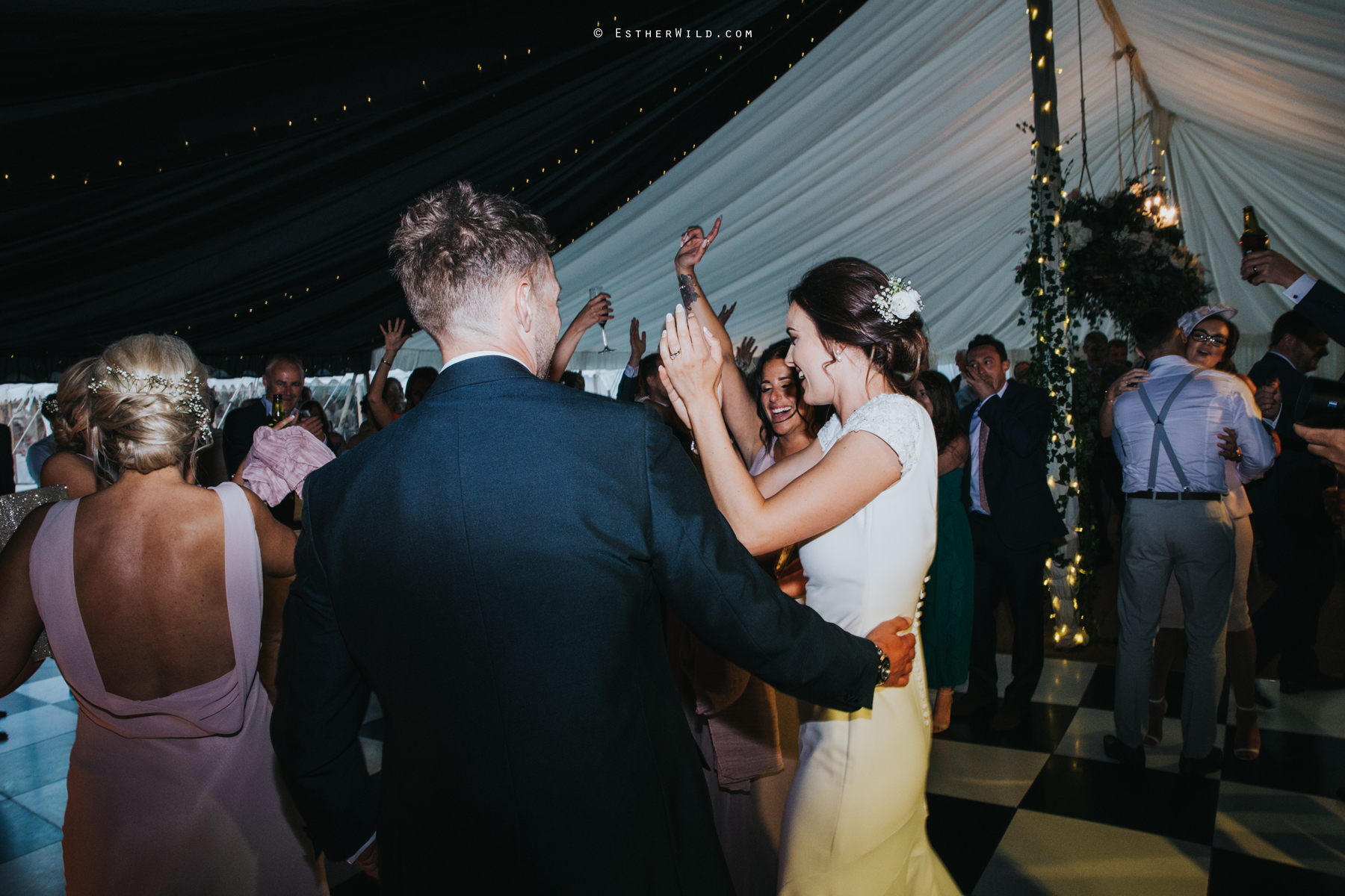Wootton_Wedding_Copyright_Esther_Wild_Photographer_IMG_3283.jpg