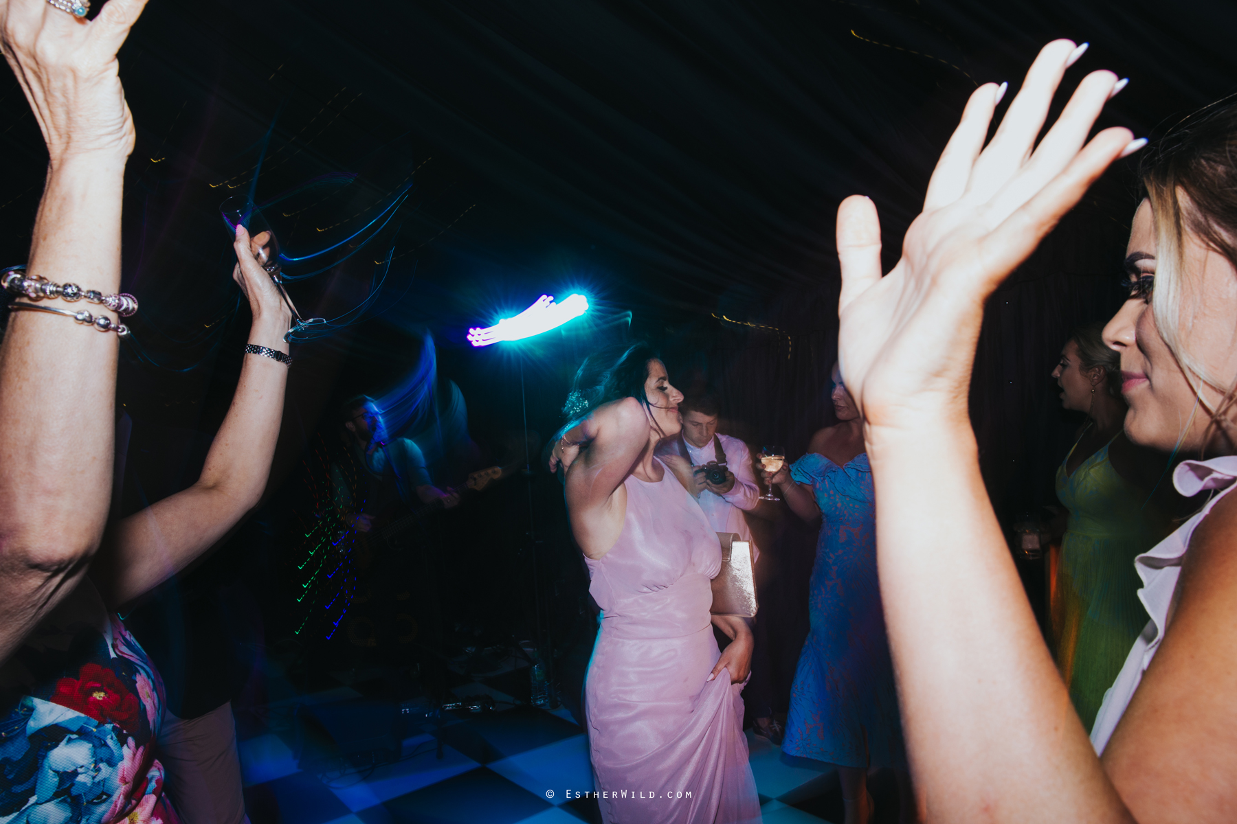 Wootton_Wedding_Copyright_Esther_Wild_Photographer_IMG_3319.jpg