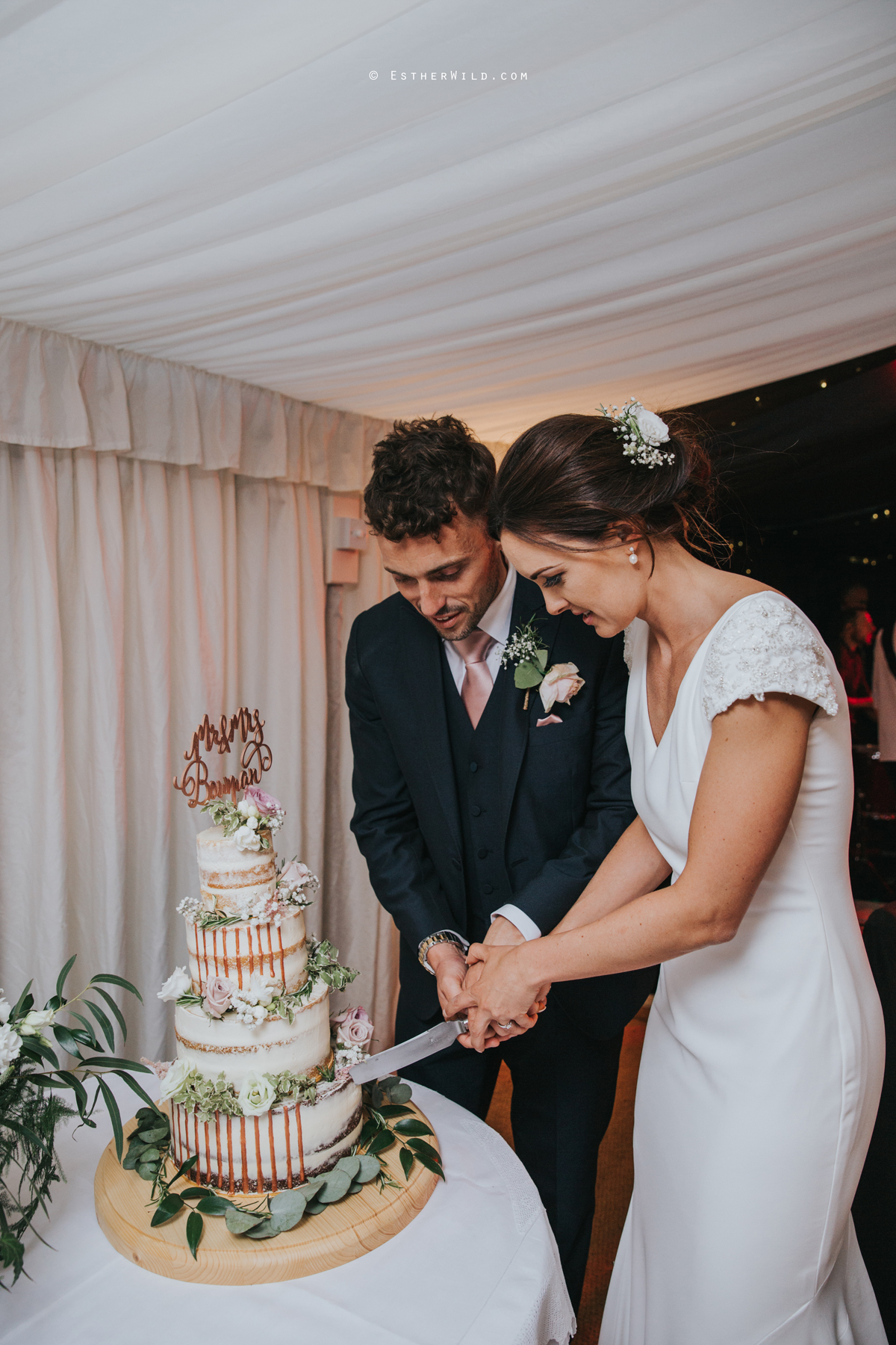 Wootton_Wedding_Copyright_Esther_Wild_Photographer_IMG_3540.jpg