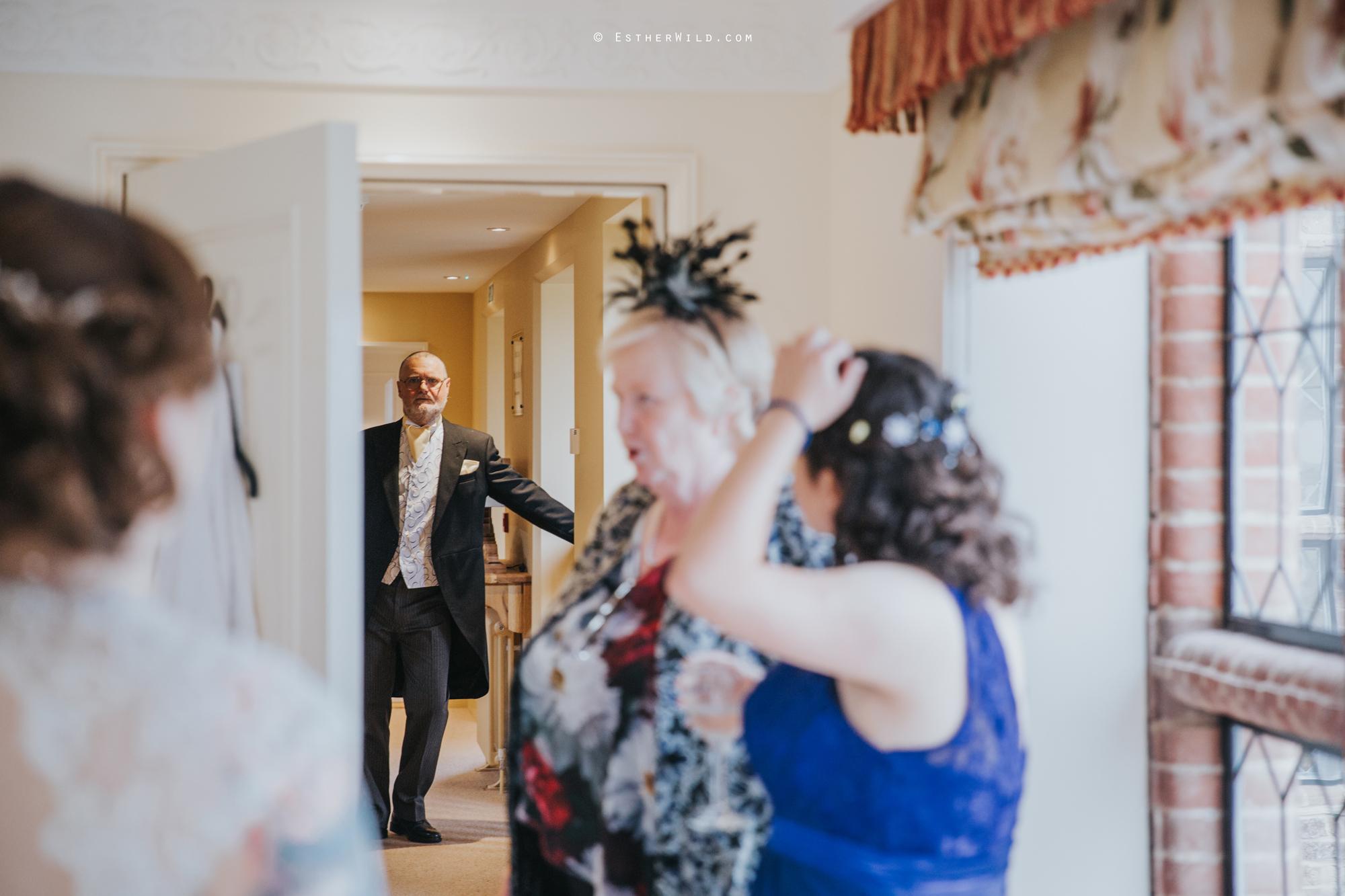 Old_Hall_Ely_Wedding_Esther_Wild_Photographer_IMG_0576.jpg