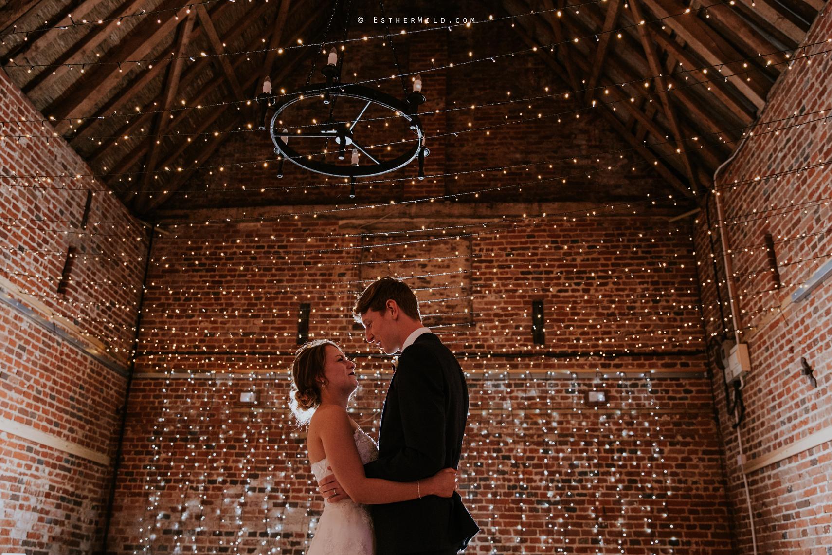 Glebe_Farm_Barn_Rustic_Norfolk_Wedding_Esther_Wild_Photographer_Copyright_IMG_2838.jpg