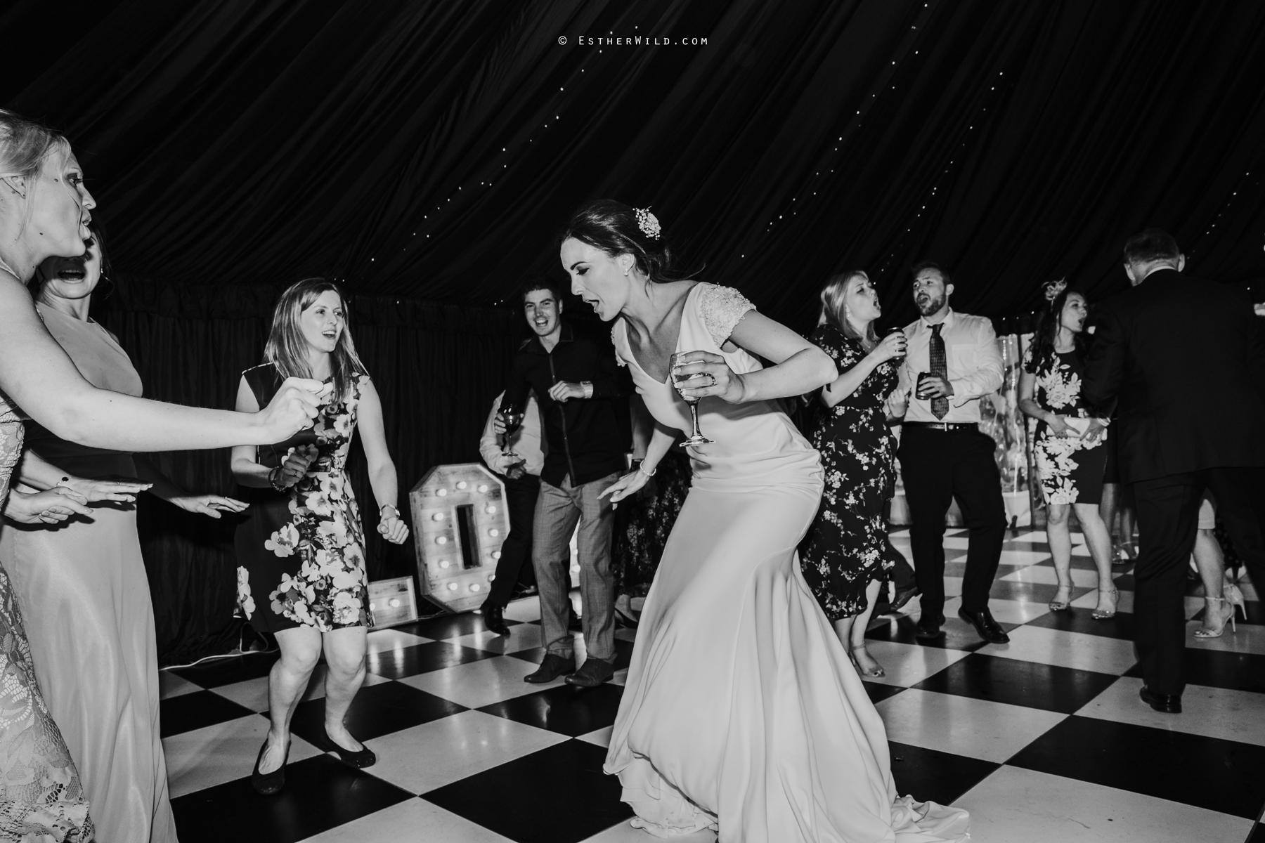 Wootton_Wedding_Copyright_Esther_Wild_Photographer_IMG_3409-2.jpg