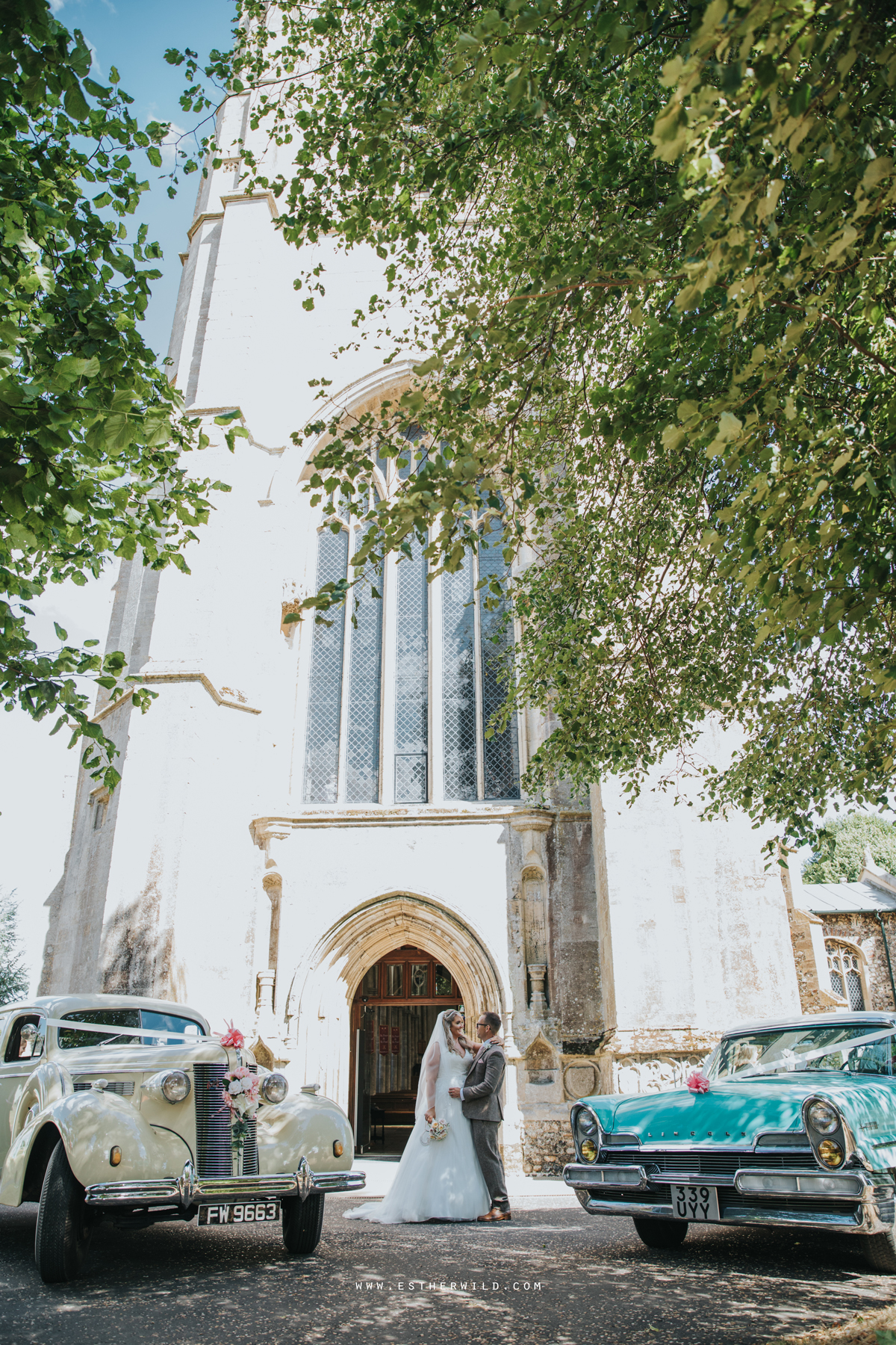 Swaffham_Wedding_Castle_Acre_Norfolk_Esther_Wild_Photographer_Wedding_Photography_3R8A1083.jpg
