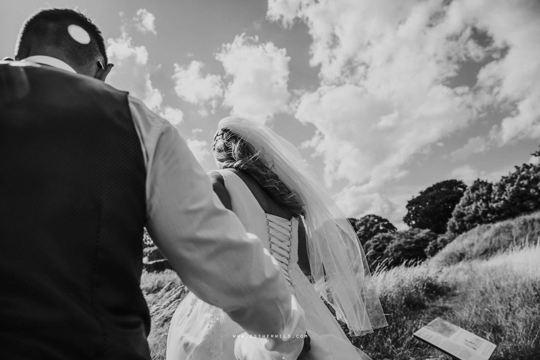 Swaffham_Wedding_Castle_Acre_Norfolk_Esther_Wild_Photographer_Wedding_Photography_3R8A1361-2.jpg