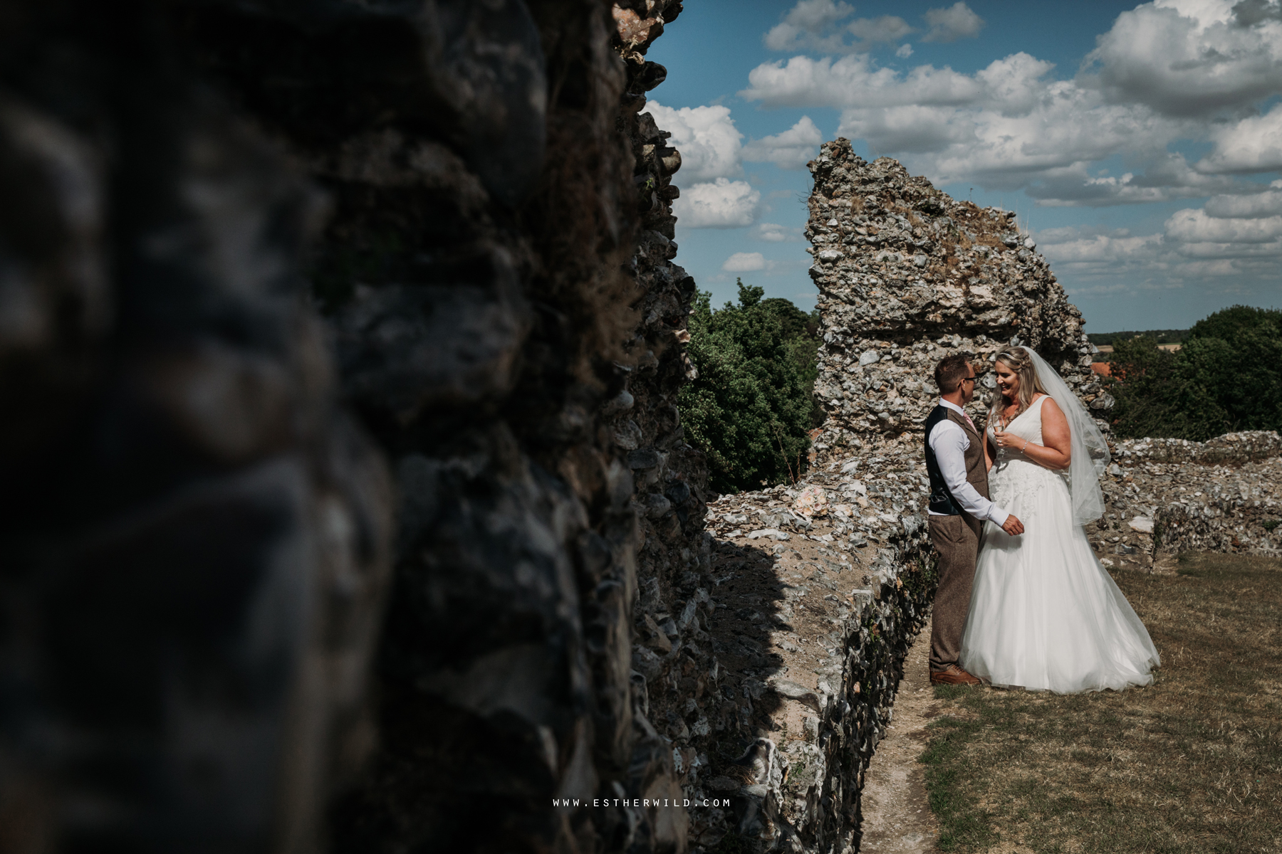 Swaffham_Wedding_Castle_Acre_Norfolk_Esther_Wild_Photographer_Wedding_Photography_3R8A1399.jpg