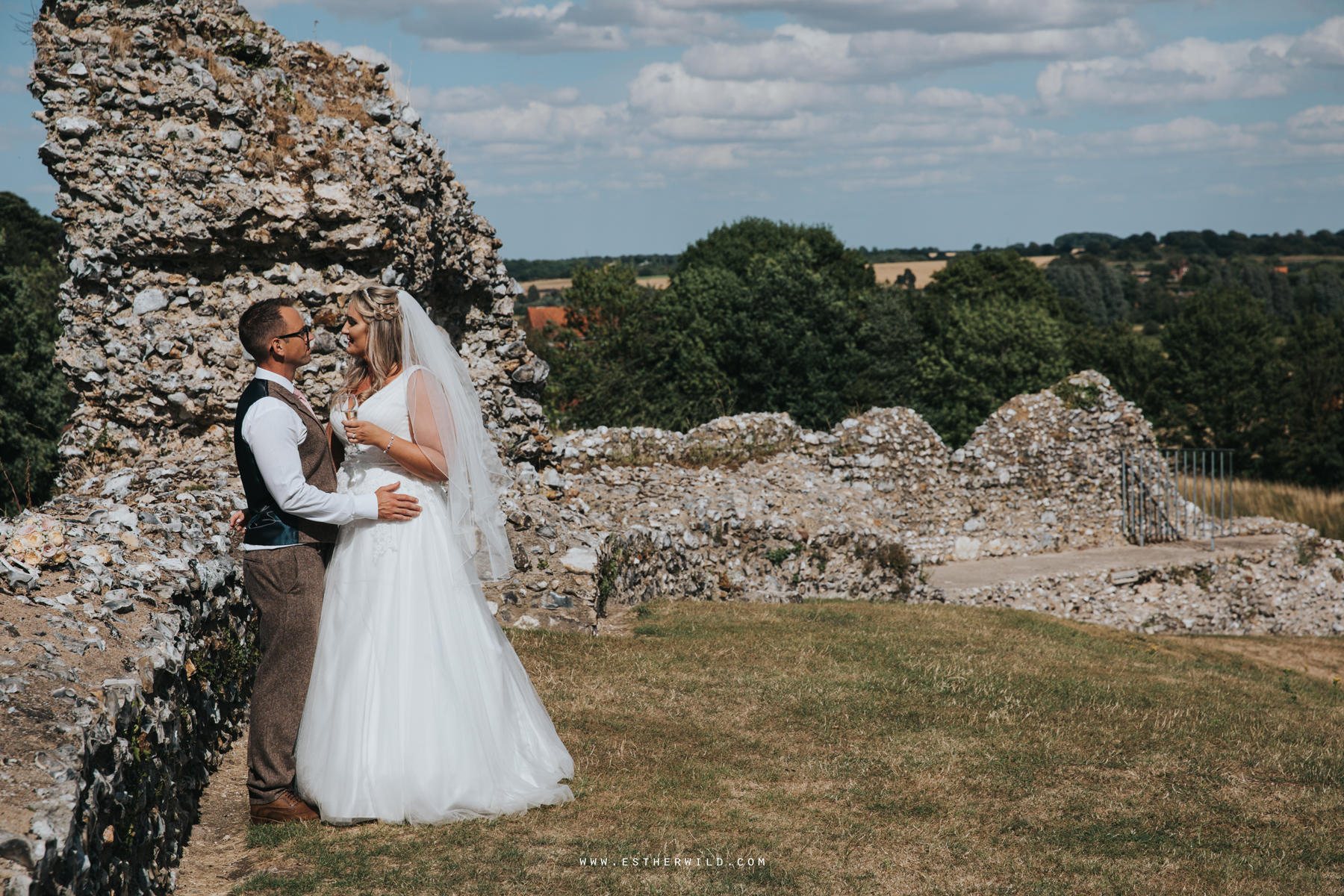 Swaffham_Wedding_Castle_Acre_Norfolk_Esther_Wild_Photographer_Wedding_Photography_3R8A1403.jpg