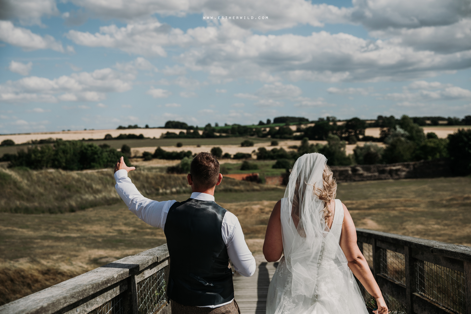 Swaffham_Wedding_Castle_Acre_Norfolk_Esther_Wild_Photographer_Wedding_Photography_3R8A1467.jpg