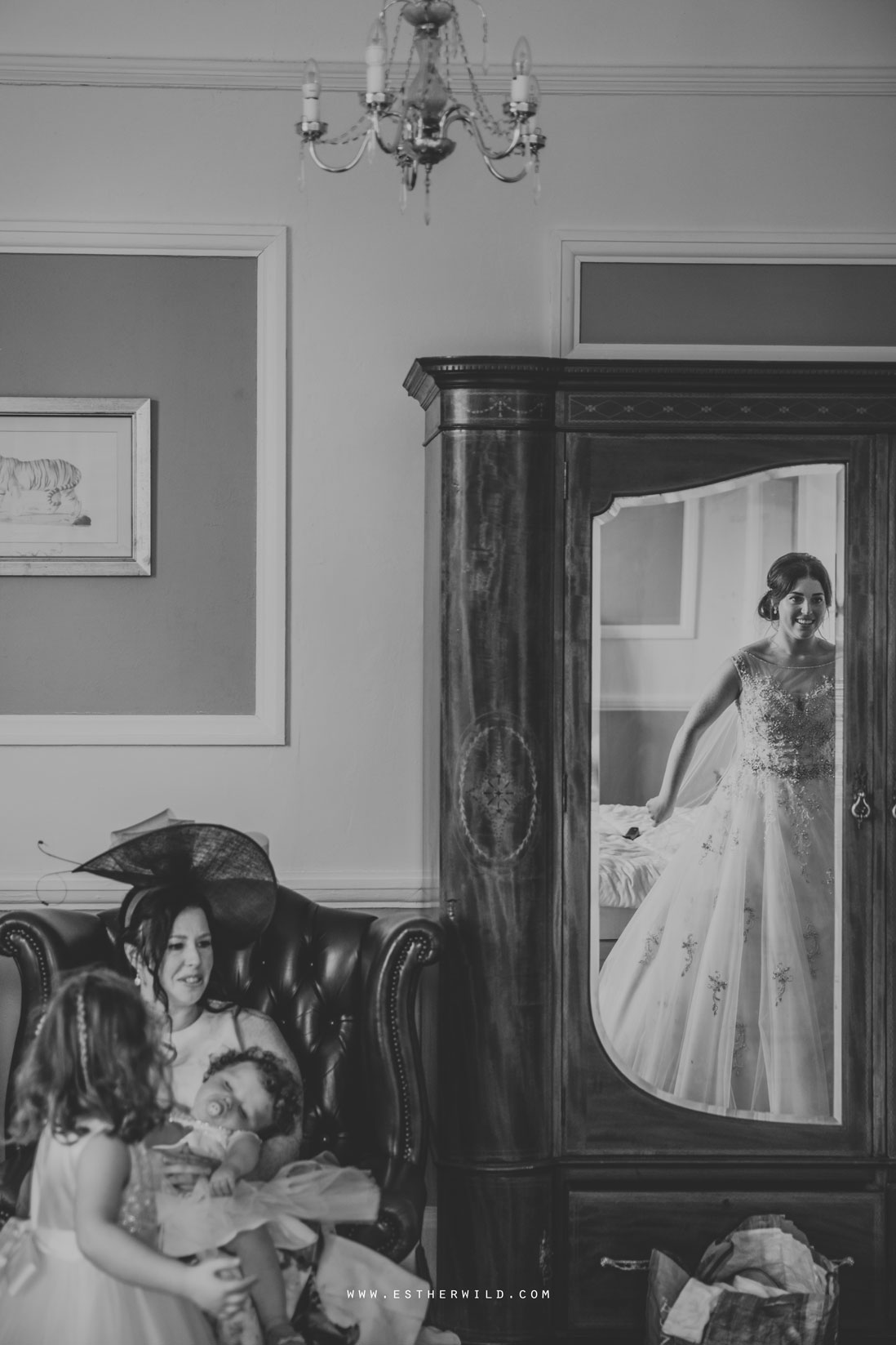 Lynford_Hall_Wedding_Thetford_Mundford_Esther_Wild_Photographer_IMG_1037-2.jpg