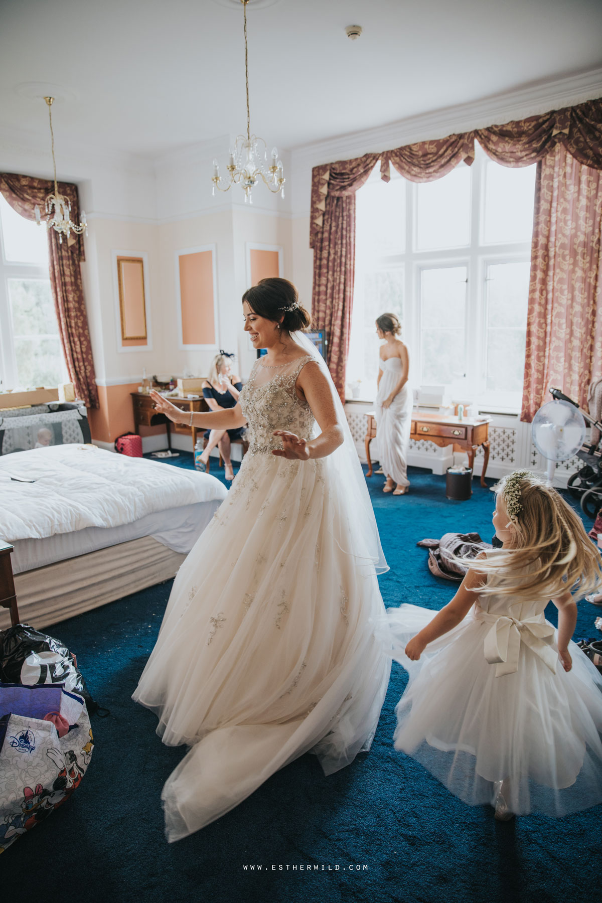 Lynford_Hall_Wedding_Thetford_Mundford_Esther_Wild_Photographer_IMG_1052.jpg