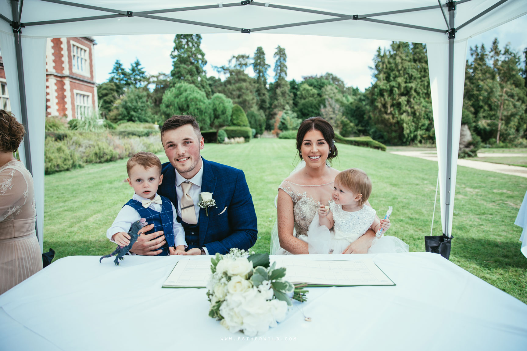 Lynford_Hall_Wedding_Thetford_Mundford_Esther_Wild_Photographer_IMG_1391.jpg
